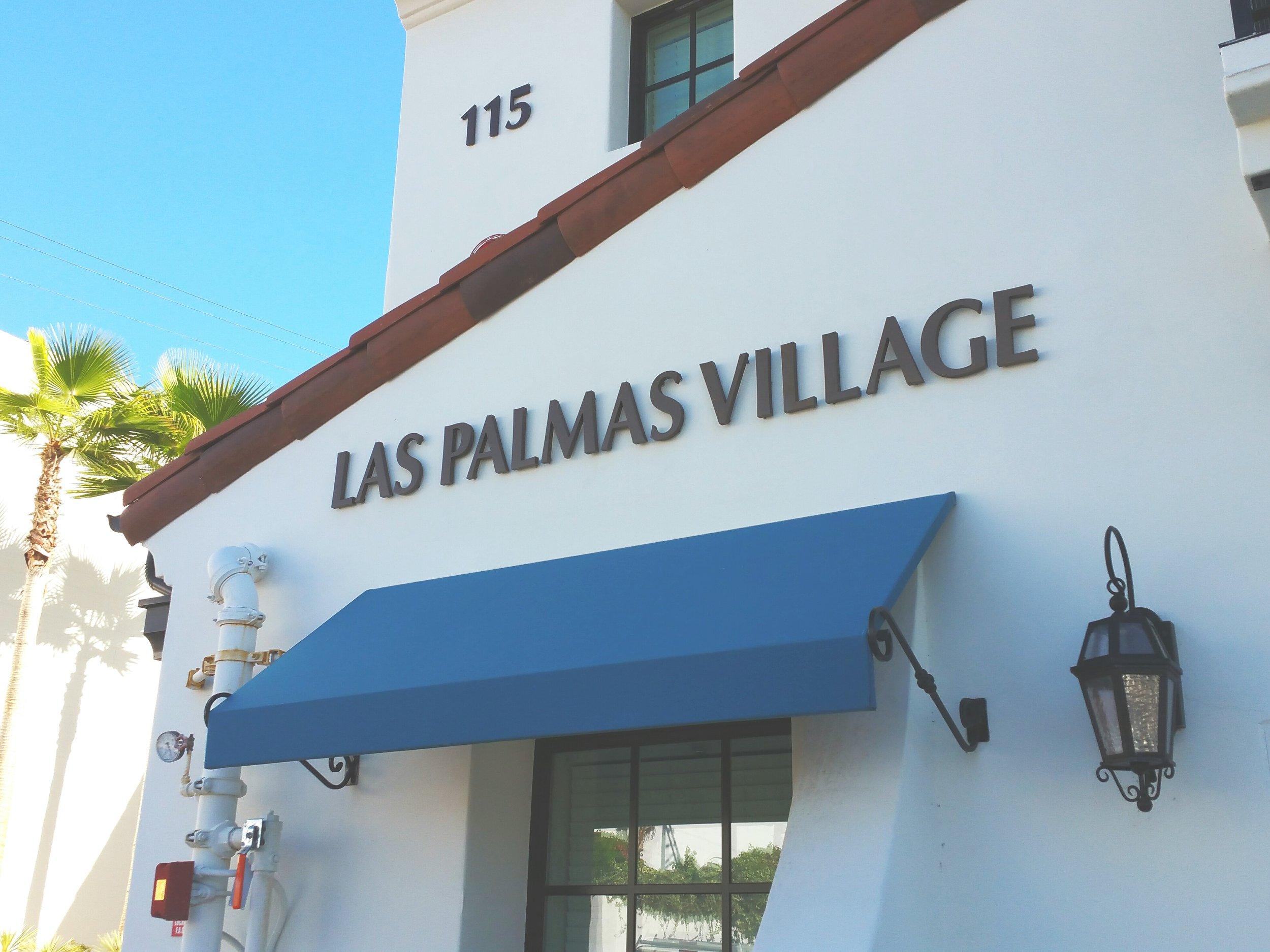 Las Palmas Village dimensional metal letters