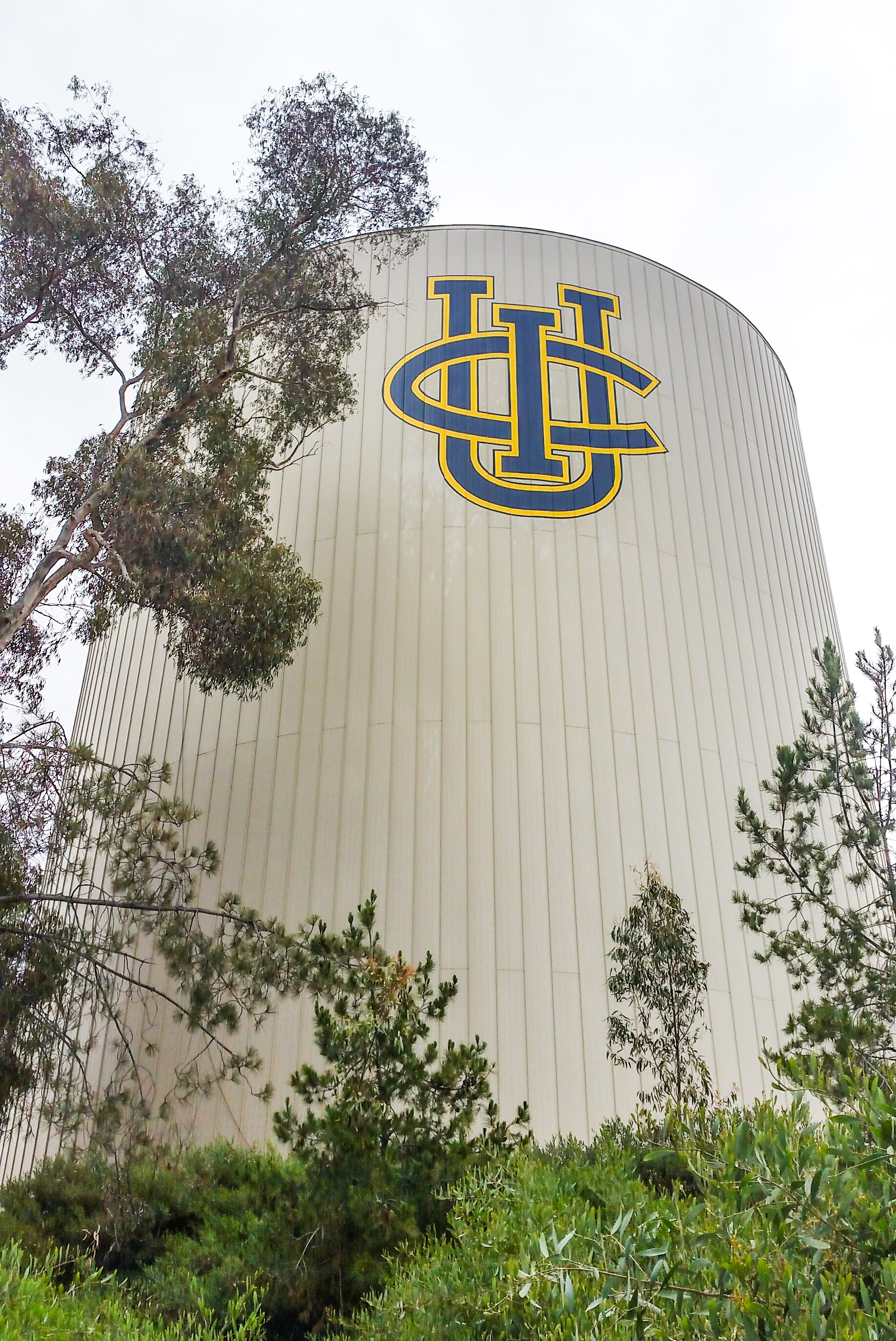 UCI LOGO ON WATER TOWER