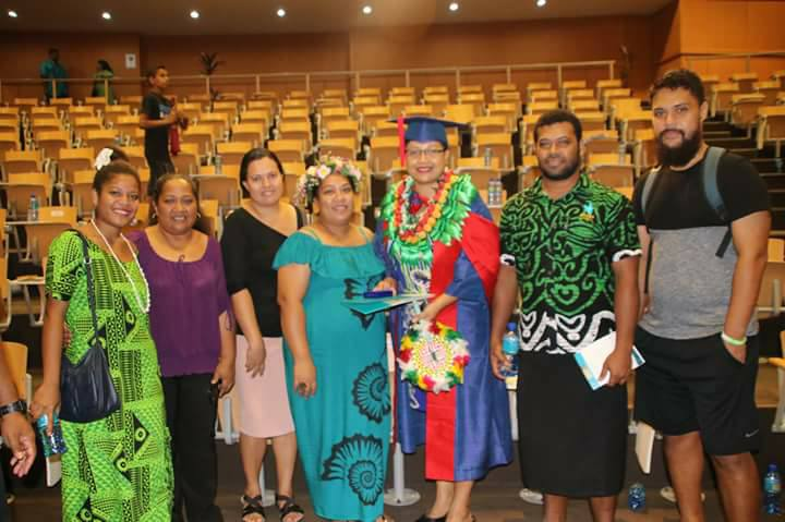 Buriata Eti Tofinga with family members at Gold Medal Award Ceremony, Gold Medal and Prize for Best PhD Graduate 2017, University of the South Pacific