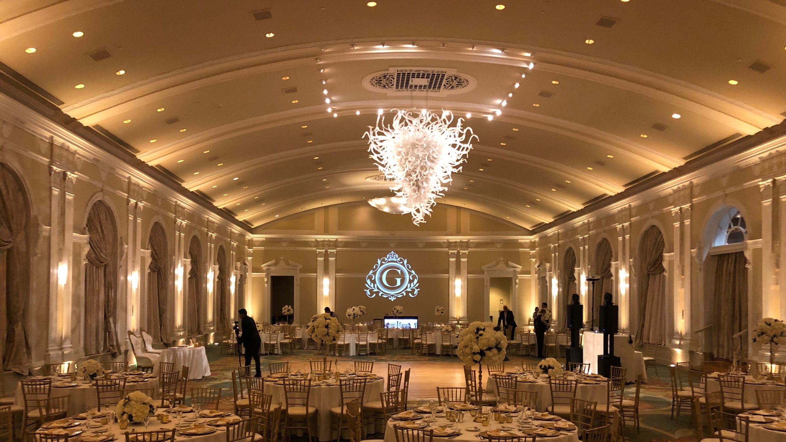 30 LED Uplights at the vinoy park hotel grand ballroom by barron + Co. DJS