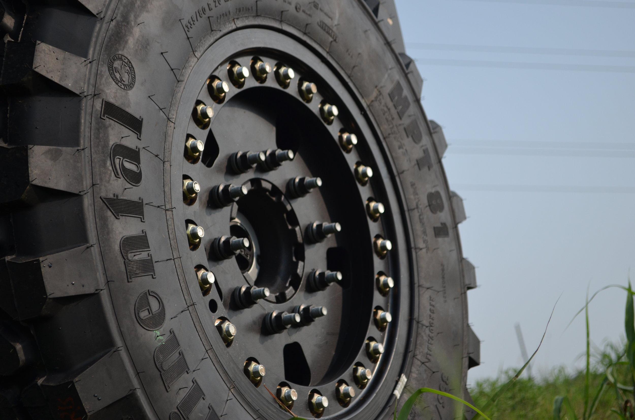 Aluminum Super Single Wheel