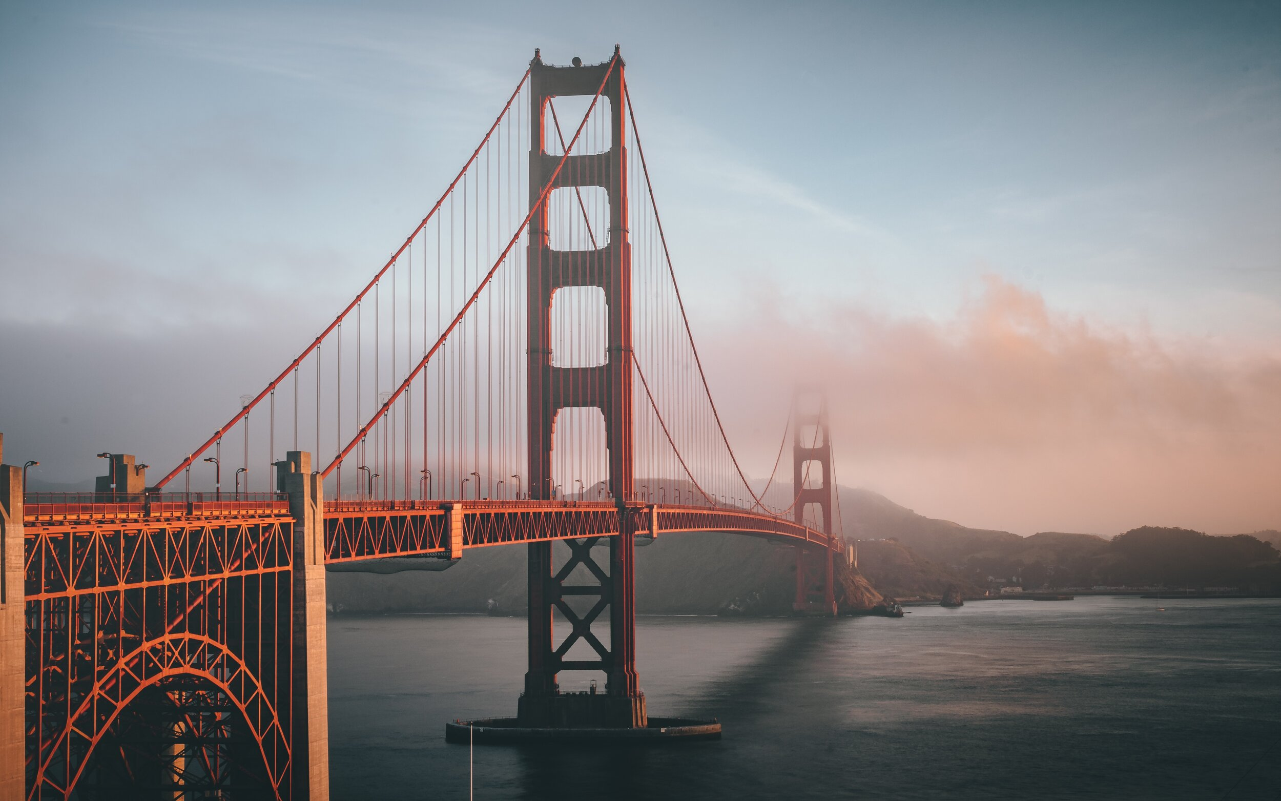 golden-gate-bridge-san-francisco-california-1141853.jpg