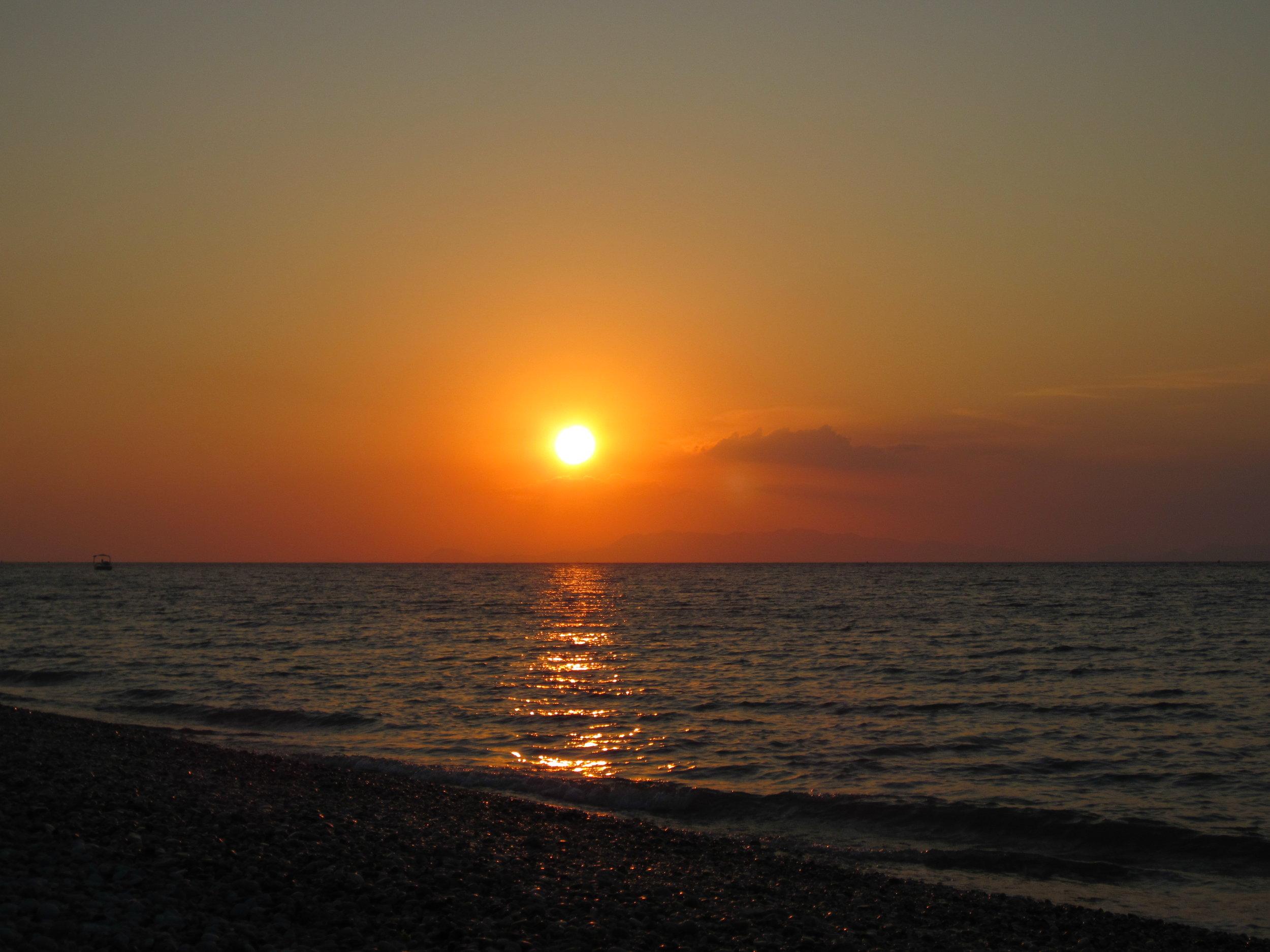 Solnedgang på voksenfeire.JPG