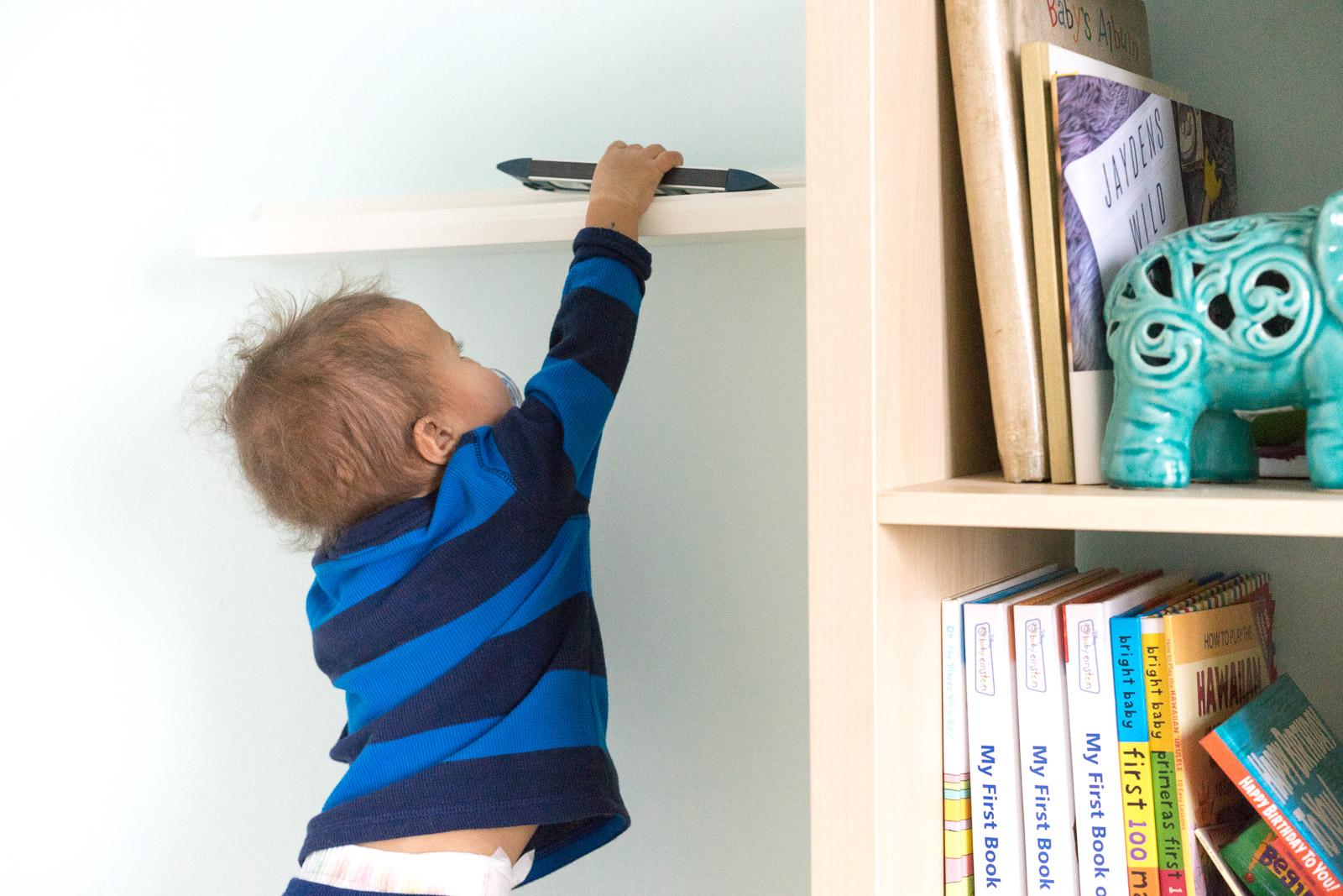 nursery-room_toddler-books_DIY_-book-display-11.jpg