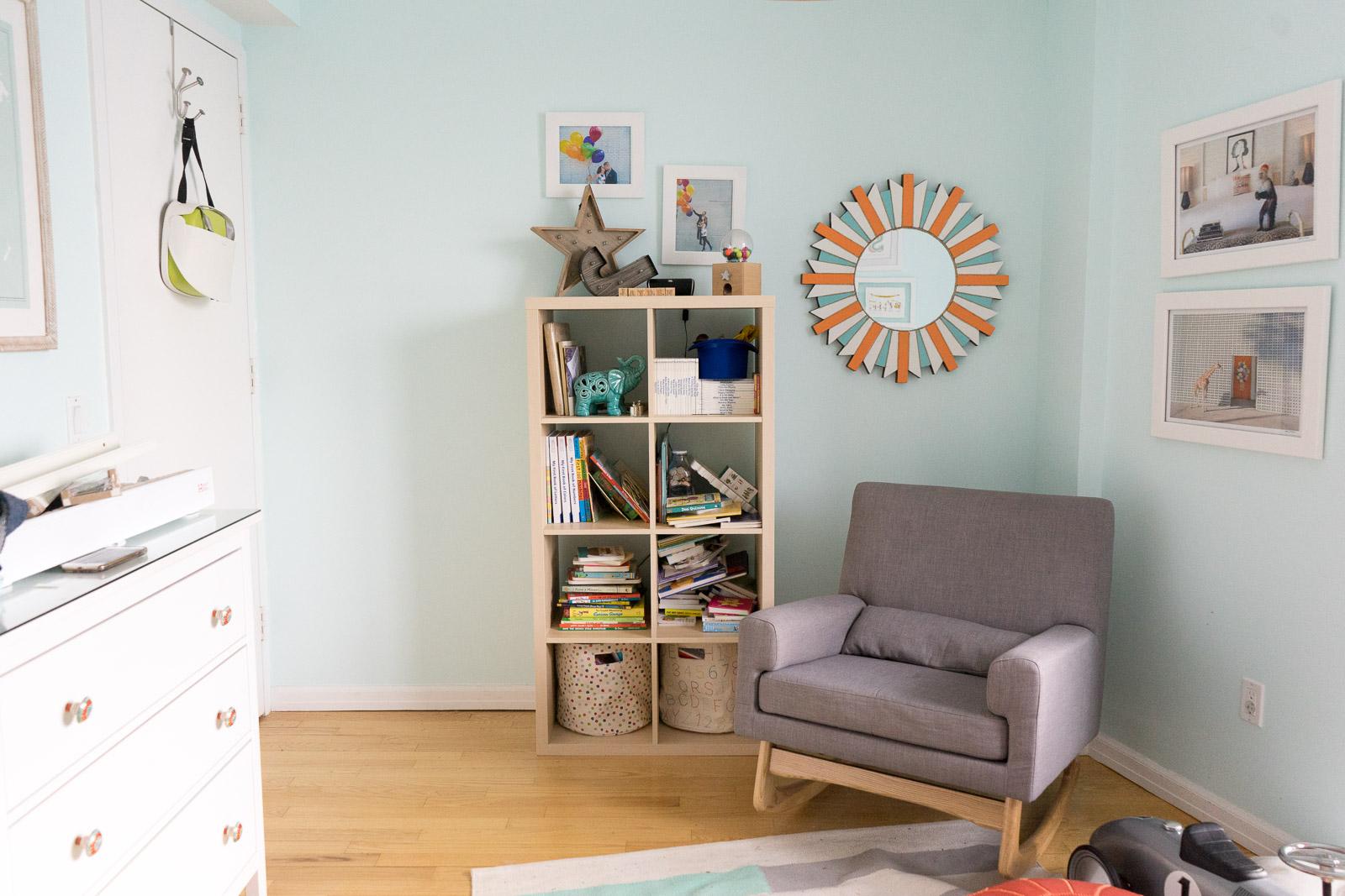 nursery-room_toddler-books_DIY_-book-display-2.jpg