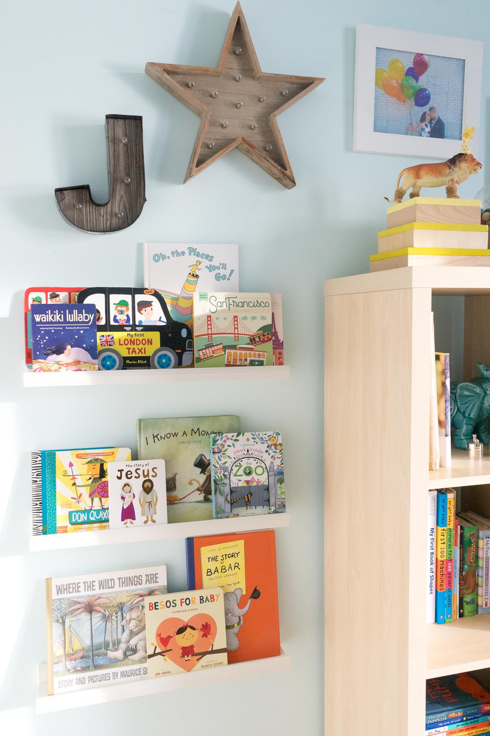 nursery-room_toddler-books_DIY_-book-display-26.jpg