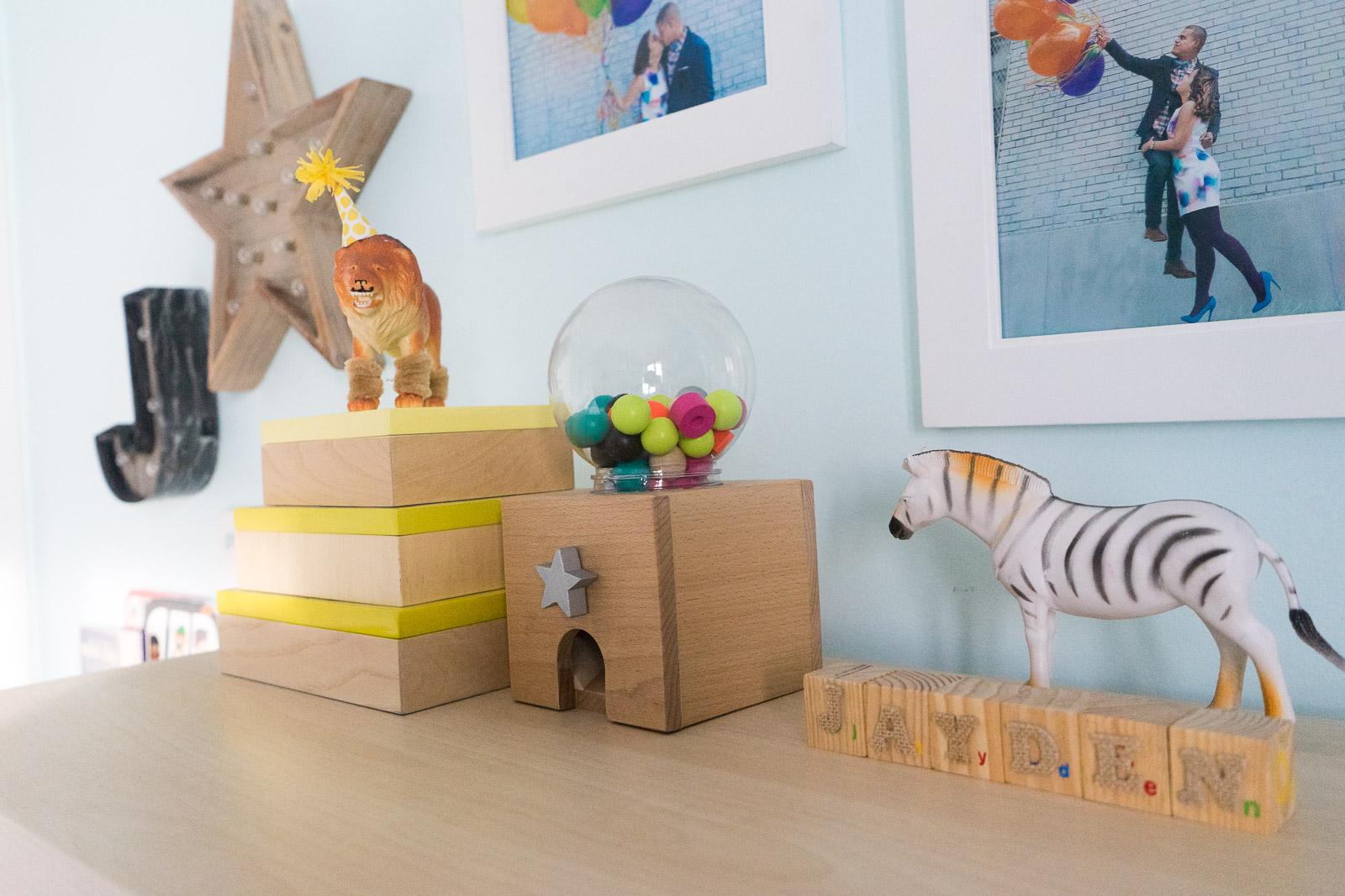 nursery-room_toddler-books_DIY_-book-display-27.jpg