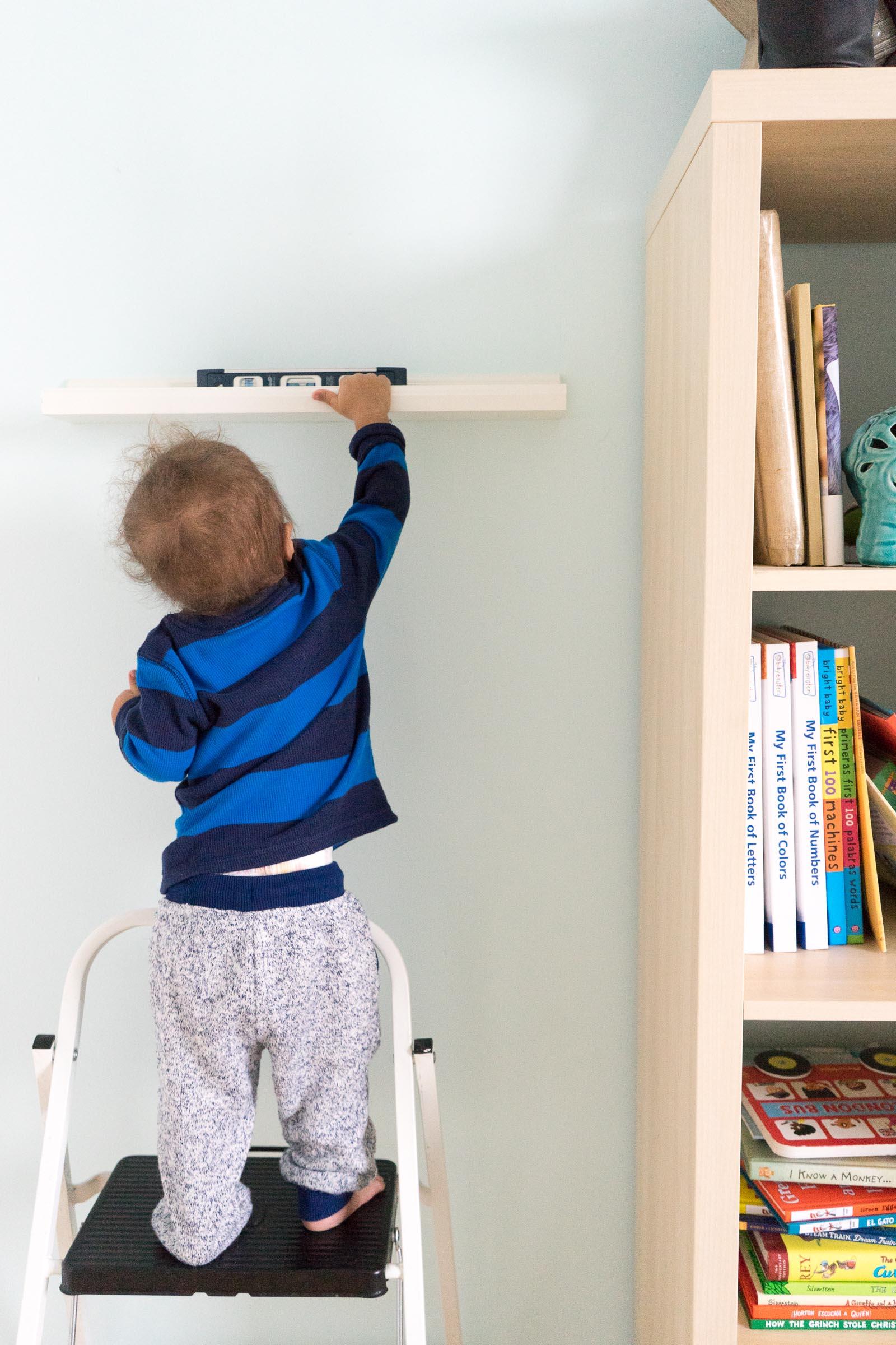 nursery-room_toddler-books_DIY_-book-display-8.jpg