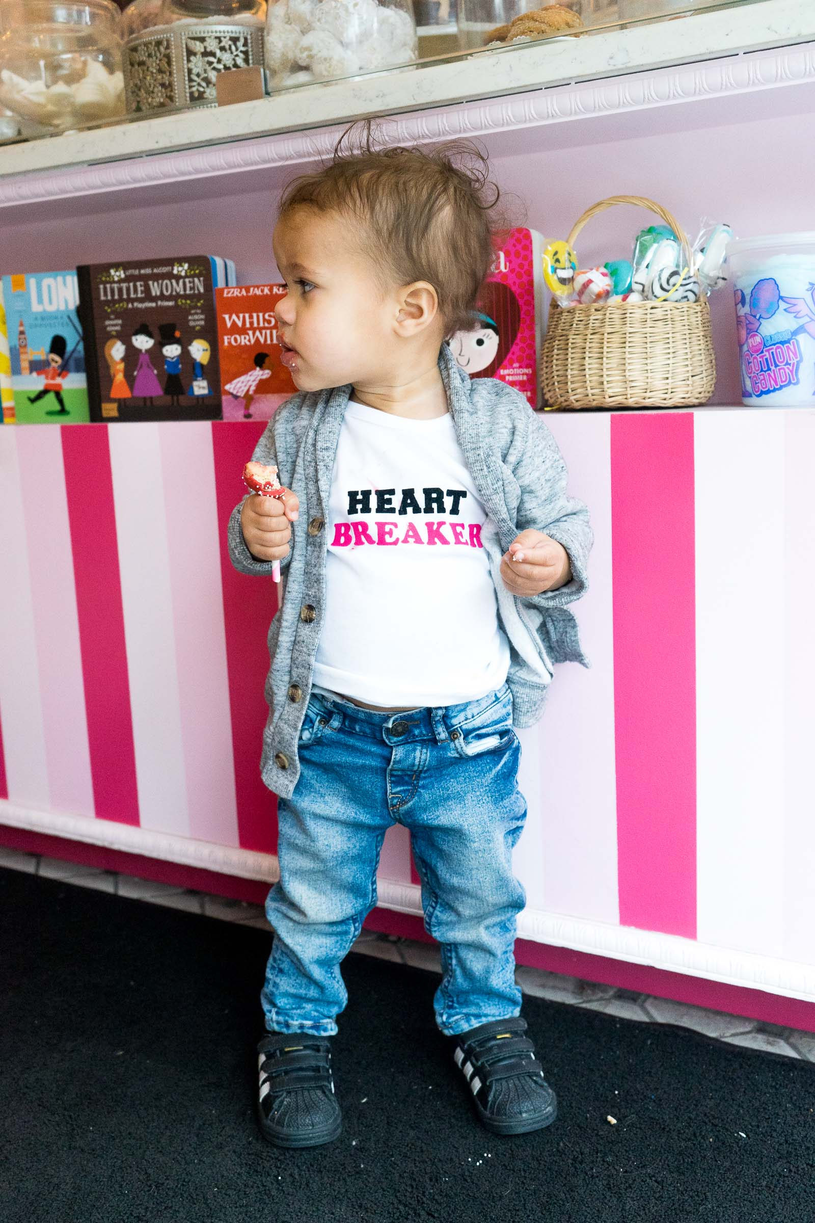 valentines-day-diy_toddler-style_pink-canery-14.jpg