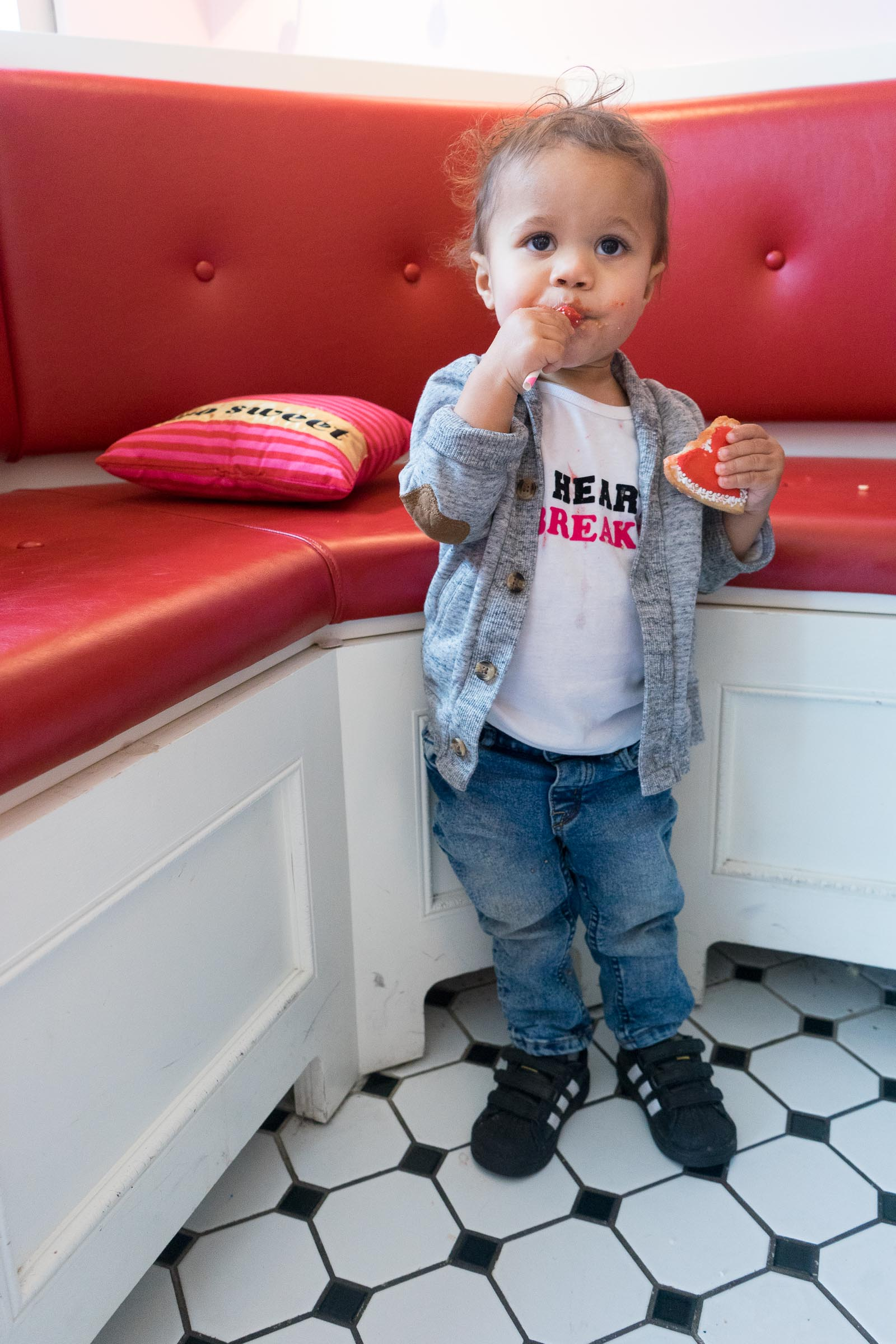 valentines-day-diy_toddler-style_pink-canery-27.jpg