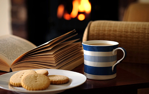 Cosy reading with home-made biscuits