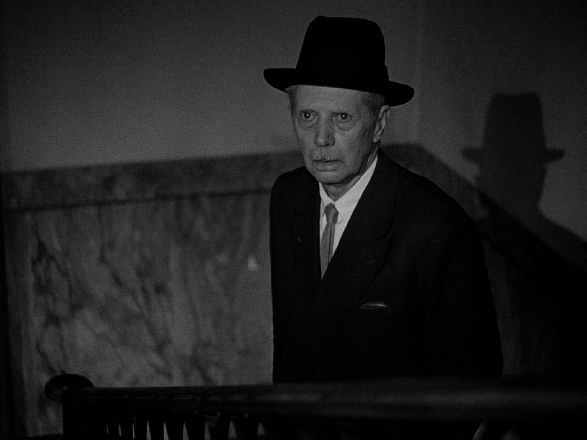 Umberto D. (Credit: Janus Films)