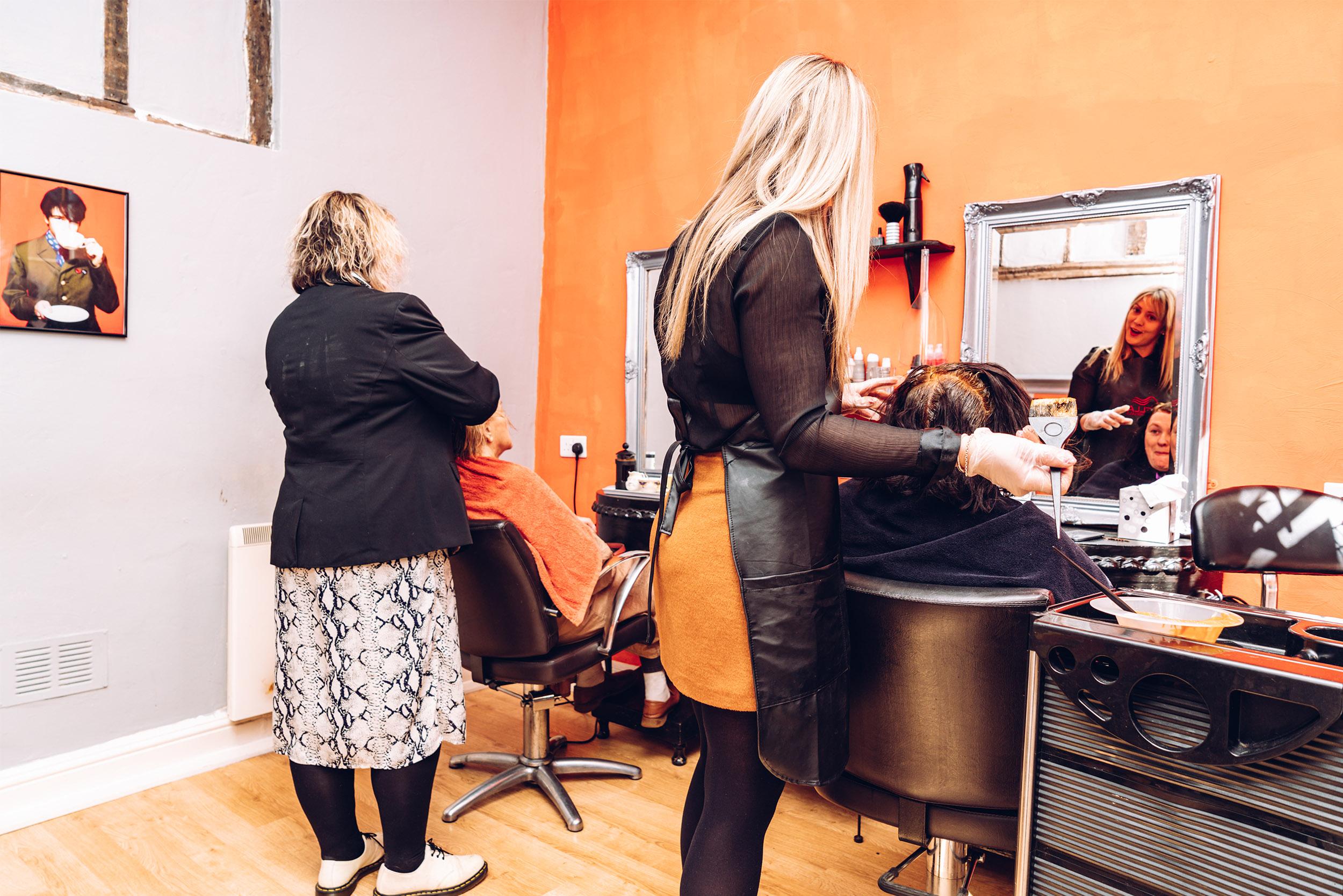 Icarus Hairdressing 9.jpg