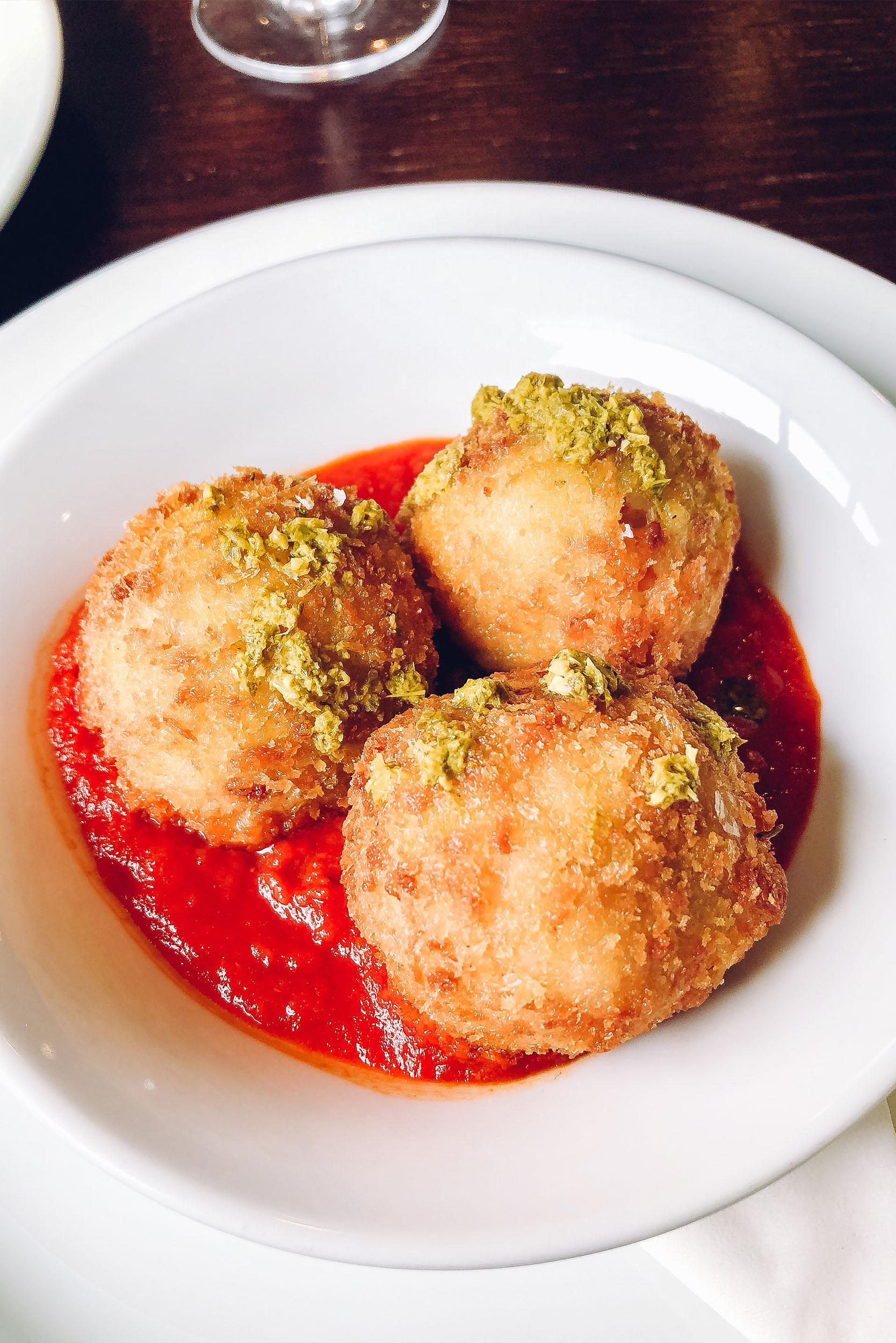 Osteria Veneziana - Italian Restaurant - Colcherster 14.jpg