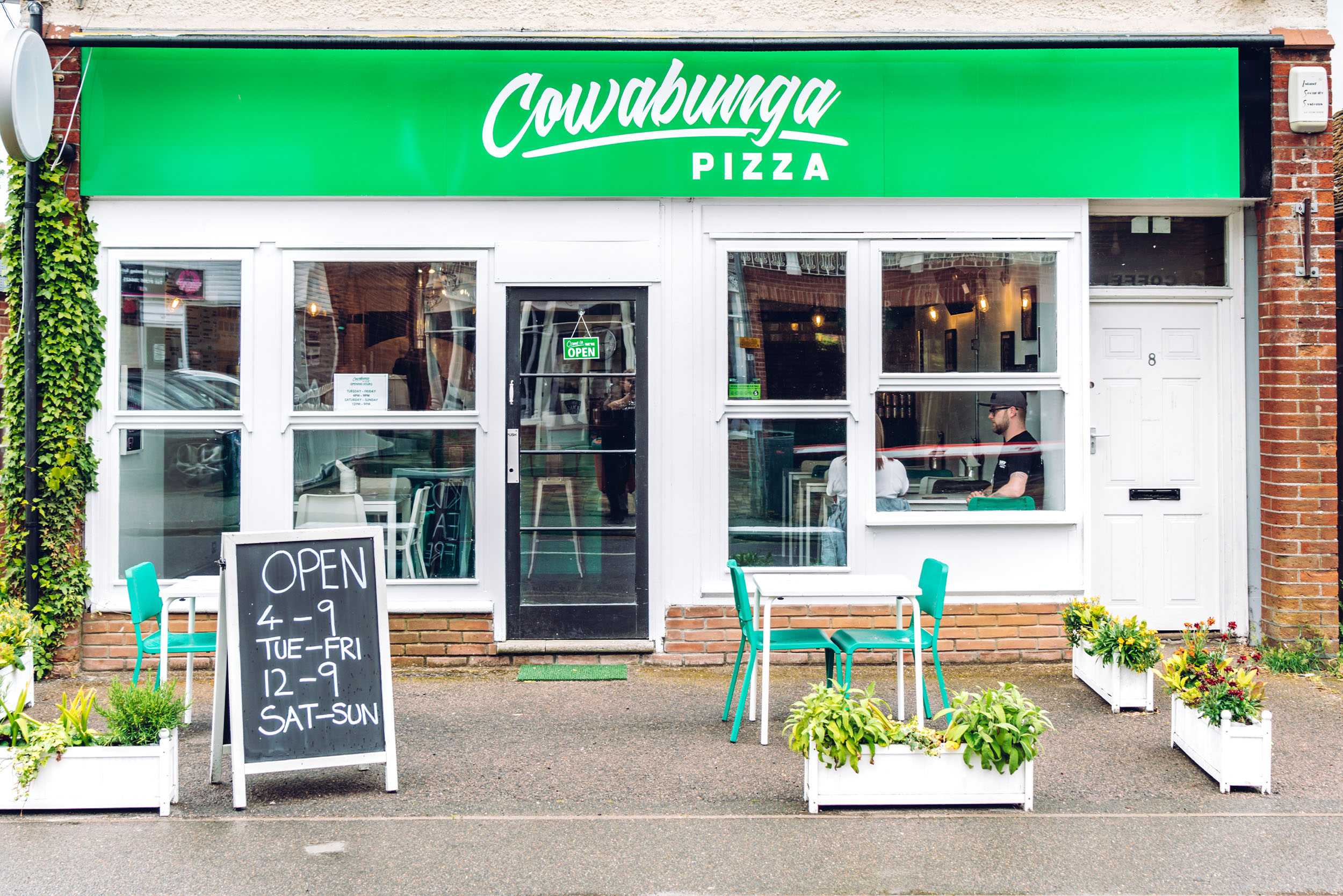 Cowabunga Pizza - West Mersea - Pizza Shop 2.jpg