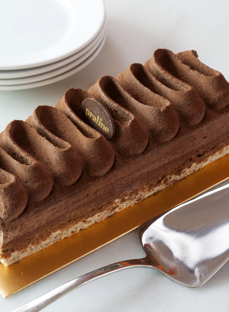 Crunch Bar   Hazelnut dacquoise topped with praline crunch, chocolate ganache and chocolate mousse  43.00