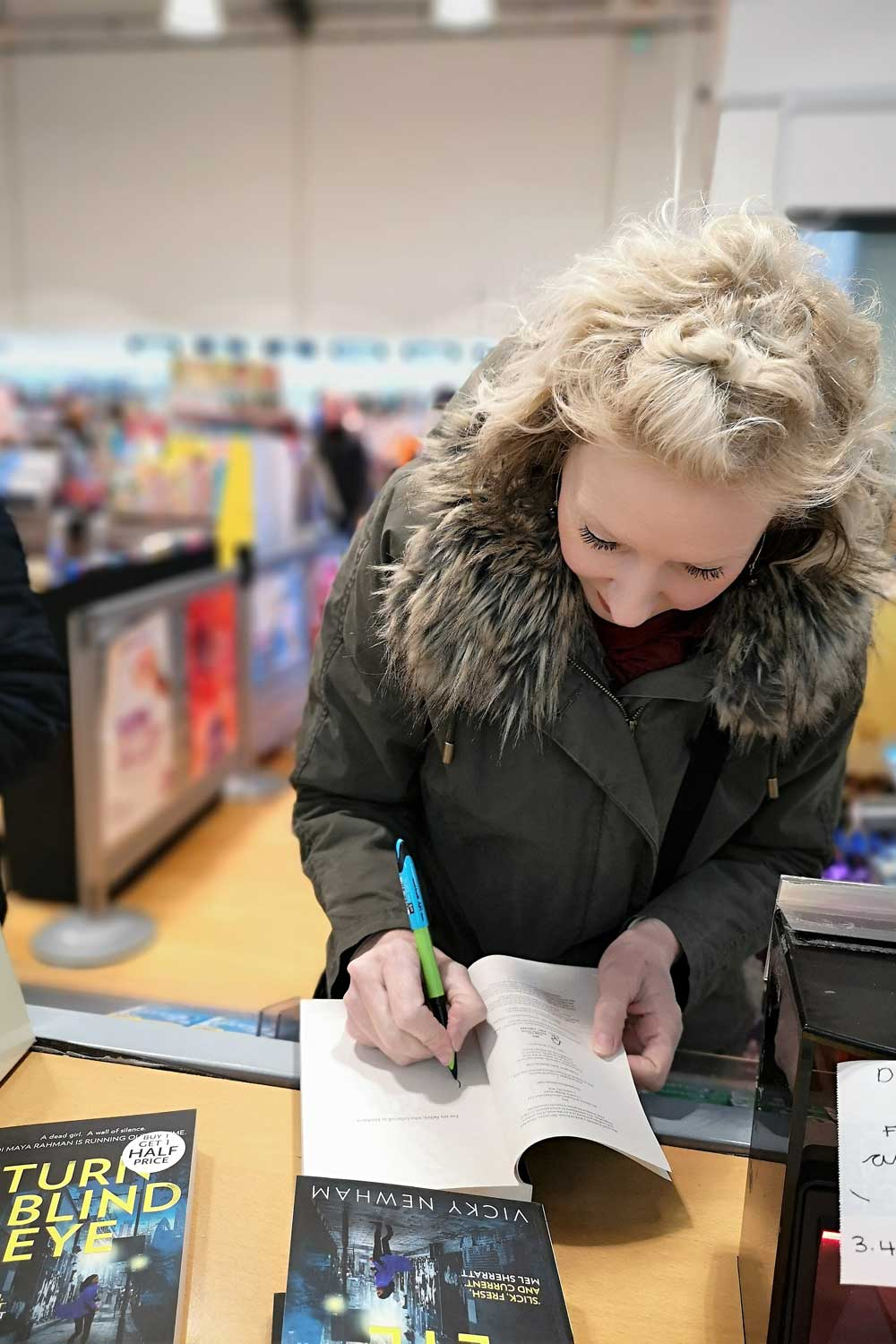 Signing-stock-at-WH-Smith.jpg