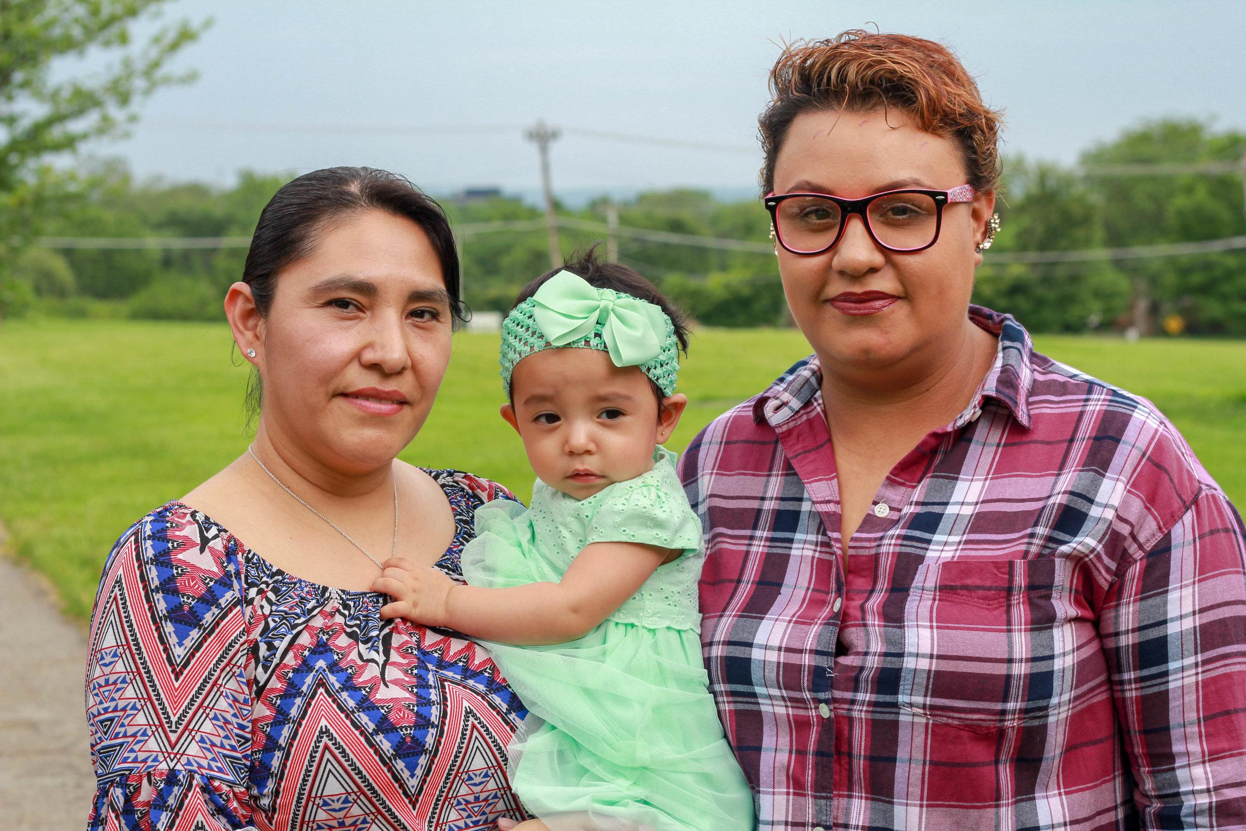 Mercedes Rendon, Maggie, and Karen Aparicio, Mexico