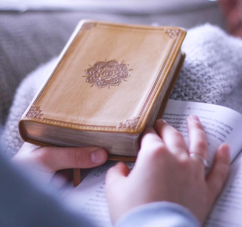 yellow-bible-study-encouraging-stories