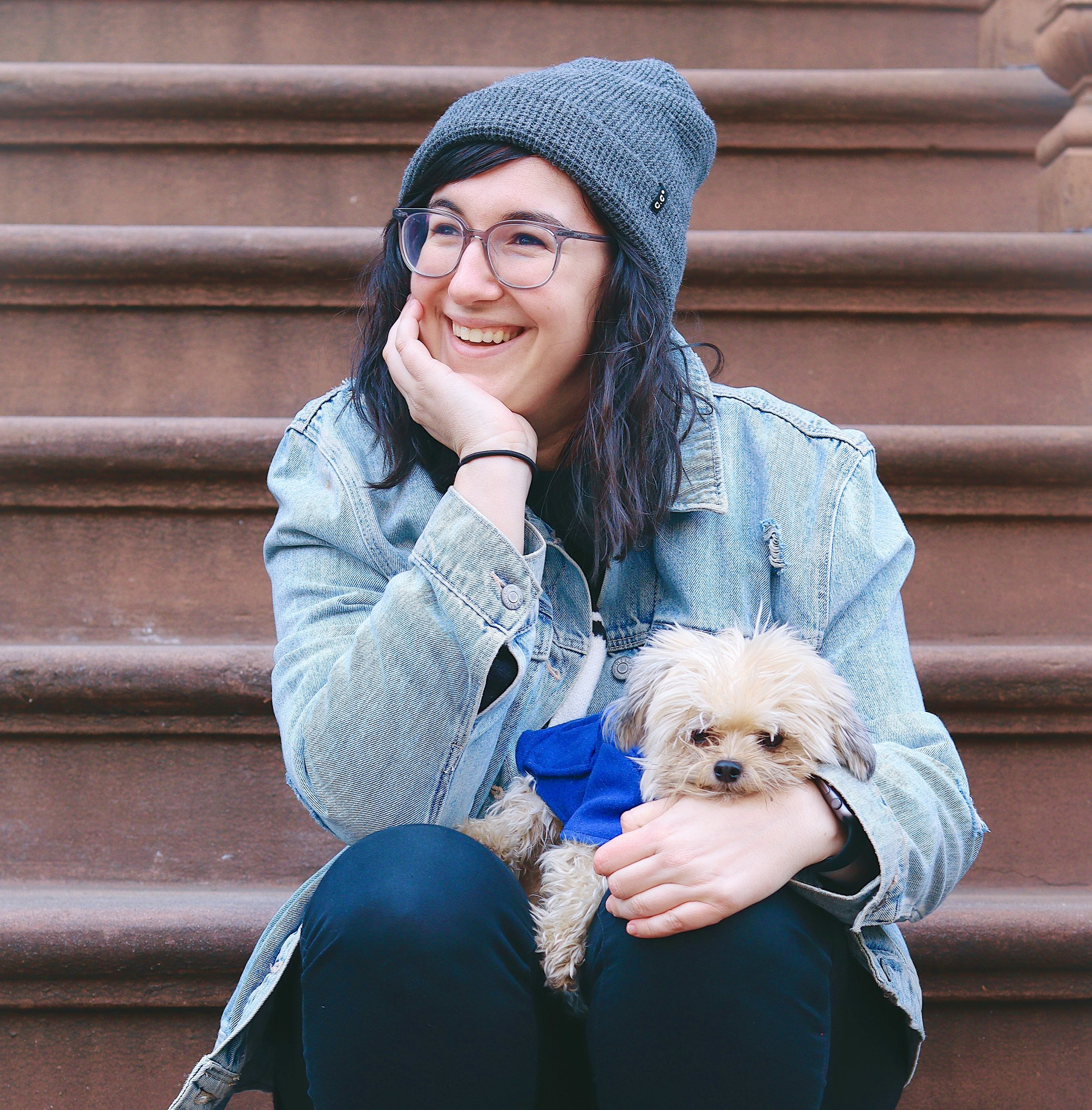 MEl Rubin - Melanie Rubin is an improviser, beatboxer and Philadelphia Eagles fan based out of New York City. Mel has been beatboxing since 2005, improvising since 2015, and dog-momming her pride and joy, Milo, since 2017. You can catch Mel performing Saturdays at the PIT with North Coast and Wednesdays at the Magnet Theater on Megawatt.Milo's Instagram is @milothemiki. This was always about him anyway.