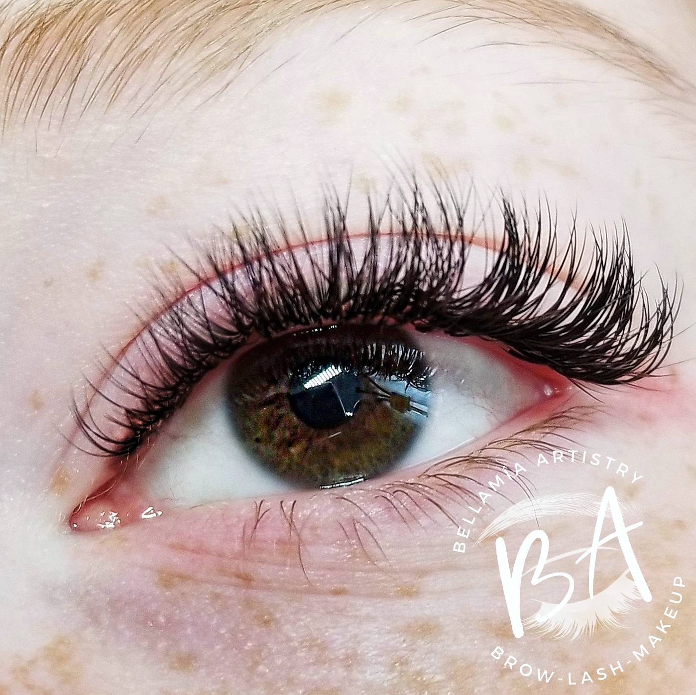 Hybrid Lashes - Hybrid Lash Full Set - $170Hybrid Fill (60 minutes) - $65Hybrid fill (85 minutes) - $90Ombre Hybrid Full Set - $185Hybrid Lashing is the blending of both the Classic and Volume eyelash extensions. Volume fans and Classic eyelash extensions are intermixed to create a fuller lash line. This gives a slightly fluffier appearance to the lashes than straight Classic eyelash extensions.