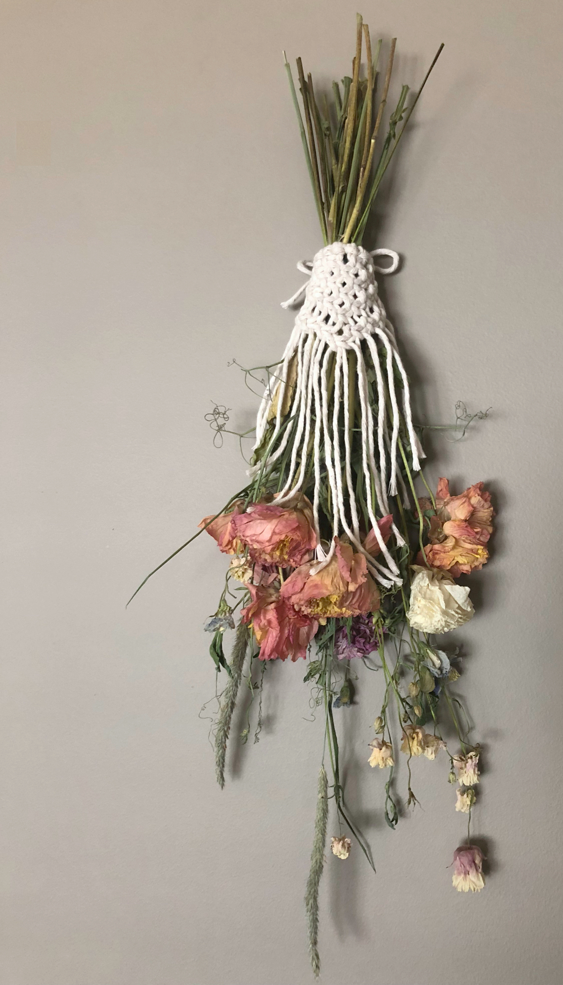 Sweet little bouquet wrap made to enhance these local dried flowers - currently lives in my living room