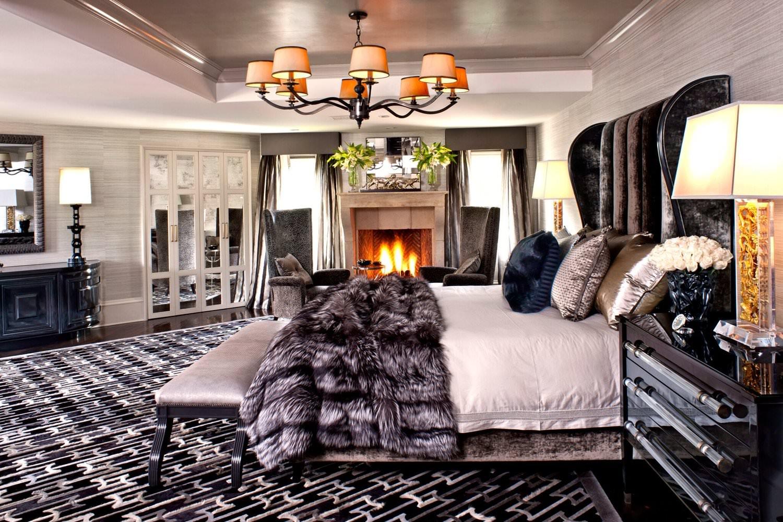 23+-+master+bedroom+lights+on_preview.jpeg