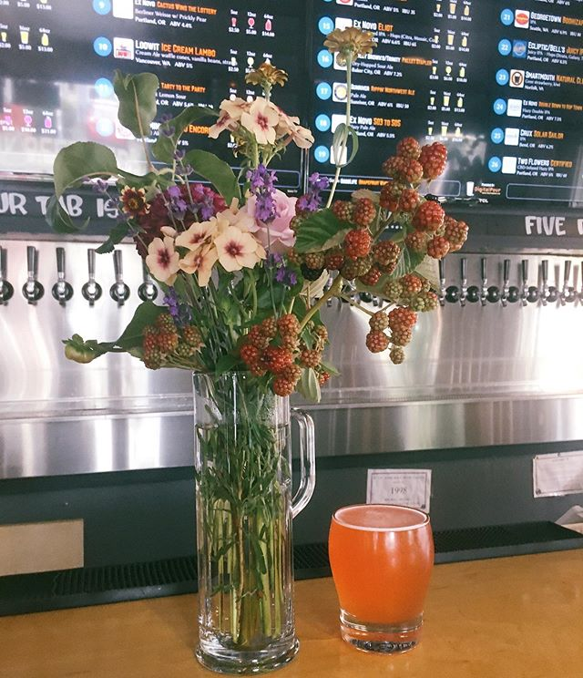 Cactus Wins the Lottery is on tap 🌵 grab it while it's here 🍻#berlinerweisse #sour #sourbeer #exnovobrewing