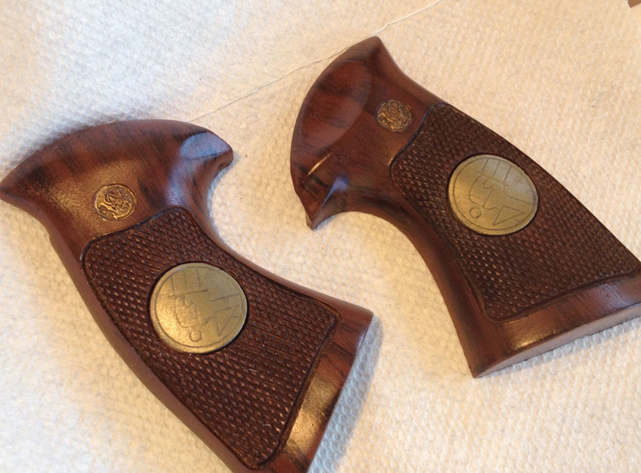 I painted the Smith & Wesson logos gold and sprayed a protective top coat of gloss Crystal Clear to finish them.