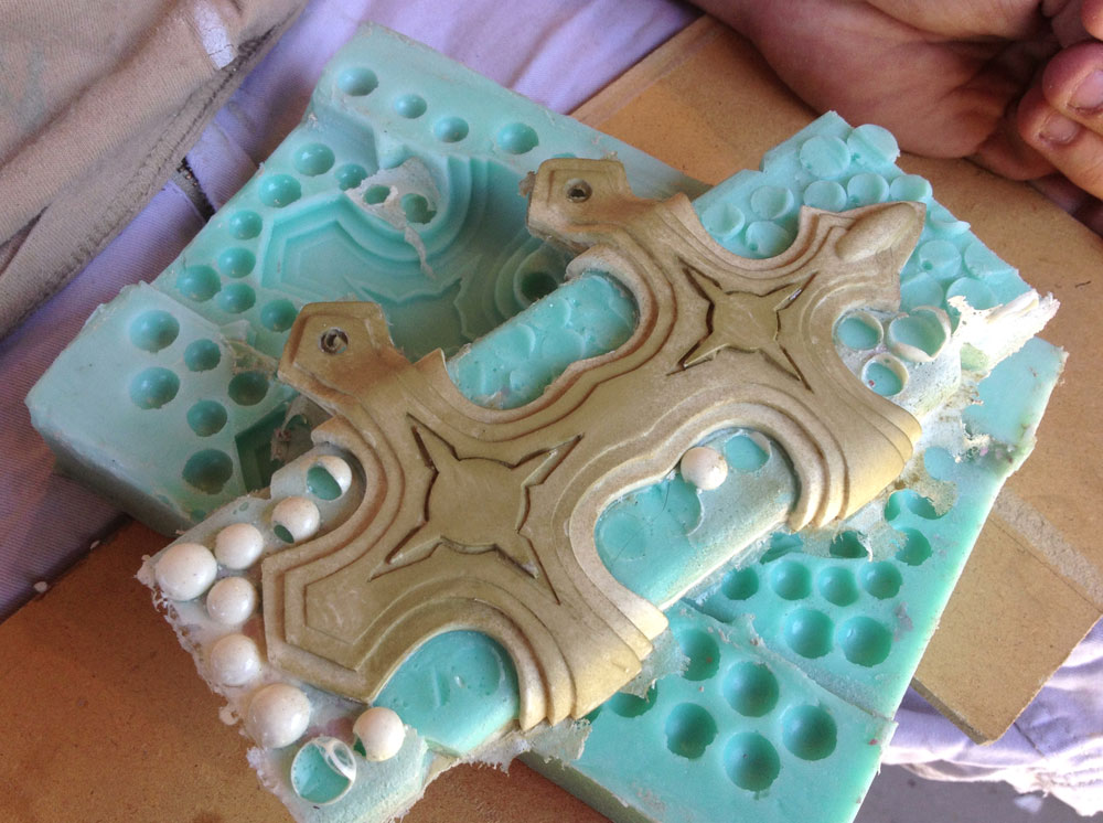 My first test pour in the reassembled mold.