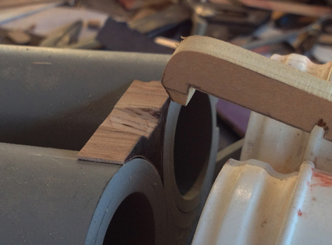 The latch would hook onto a hardwood block that was glued to the barrels.