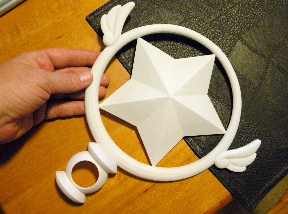 I built half of the star head in 3D, keeping a 1mm wall to save on printing costs at Shapeways.