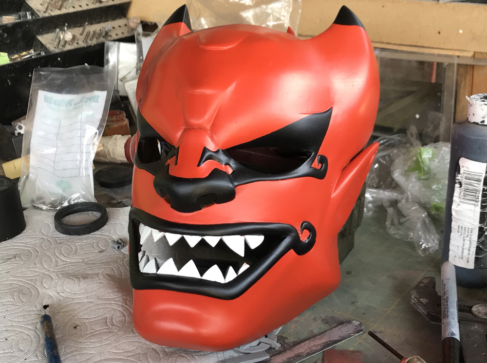 The black areas and teeth painted.