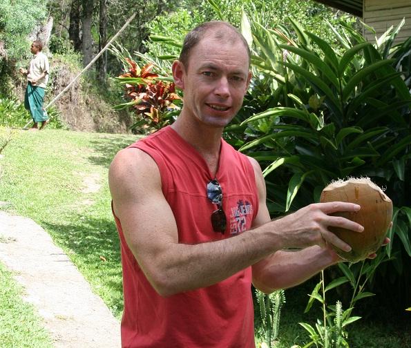 coconut-oil-skin-moisturiser.jpg