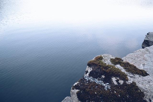 cliff_edge.jpg