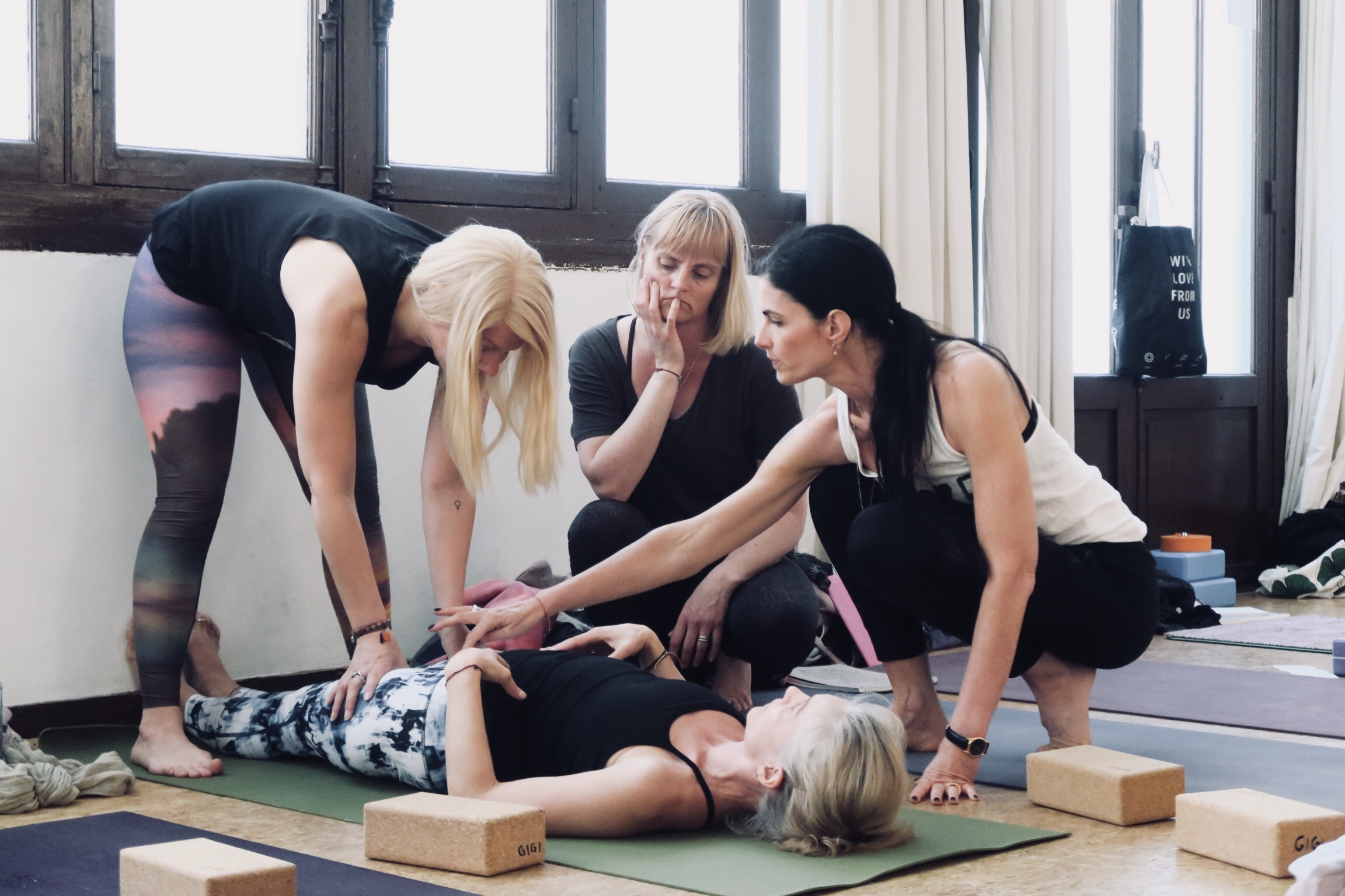 VIDEO: Ashtanga Yoga and Pranayama In-depth Development Training with Kia Naddermier in Paris