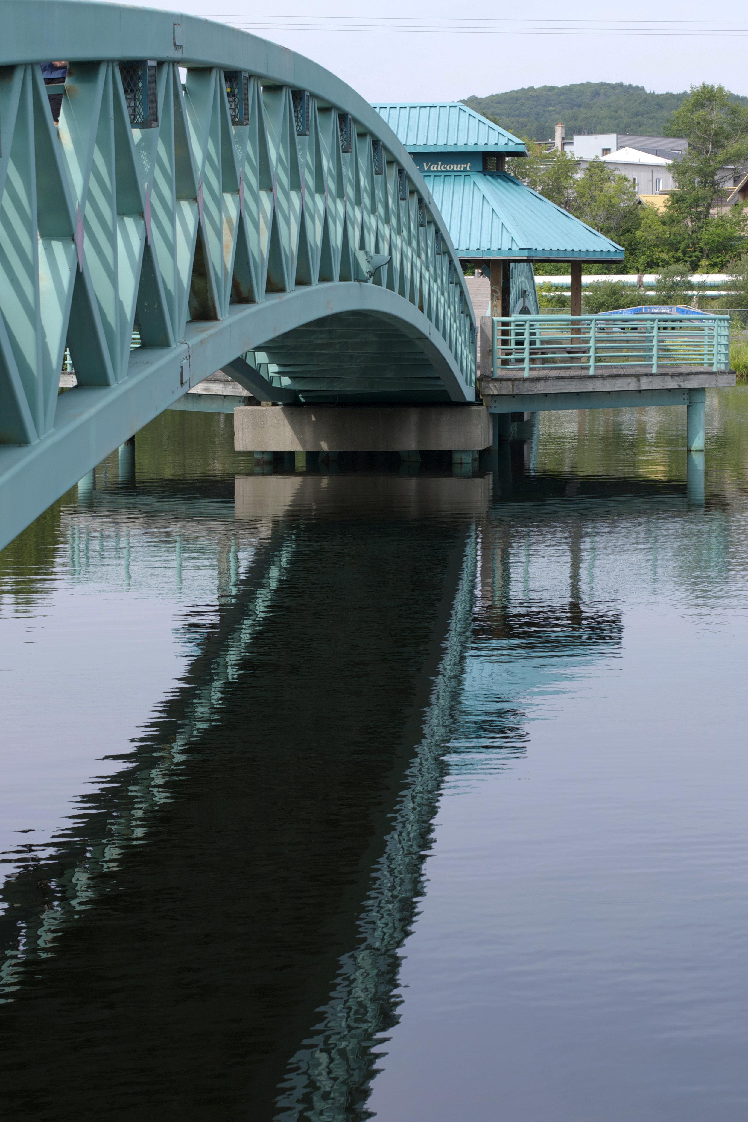 bridge-close-up-reflection.jpg