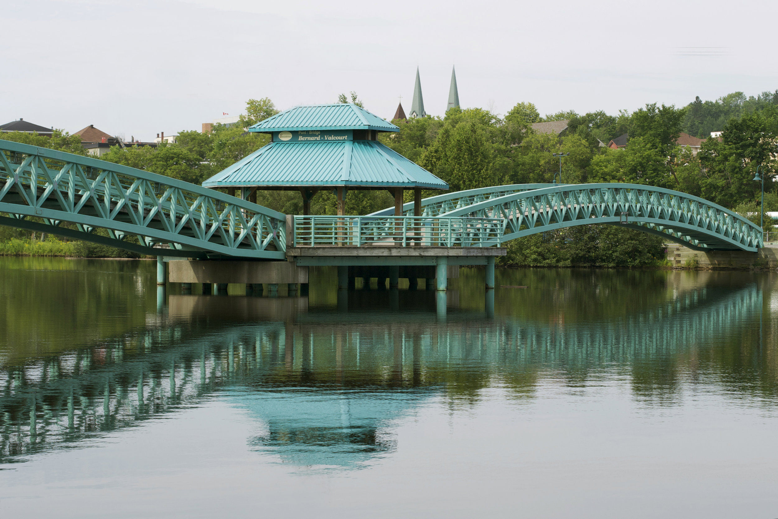 beautiful-reflection-of-bridge.jpg