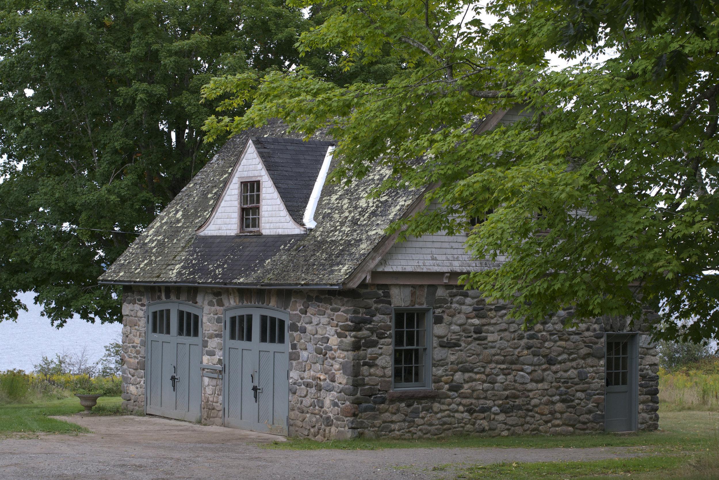 stone-garage.jpg