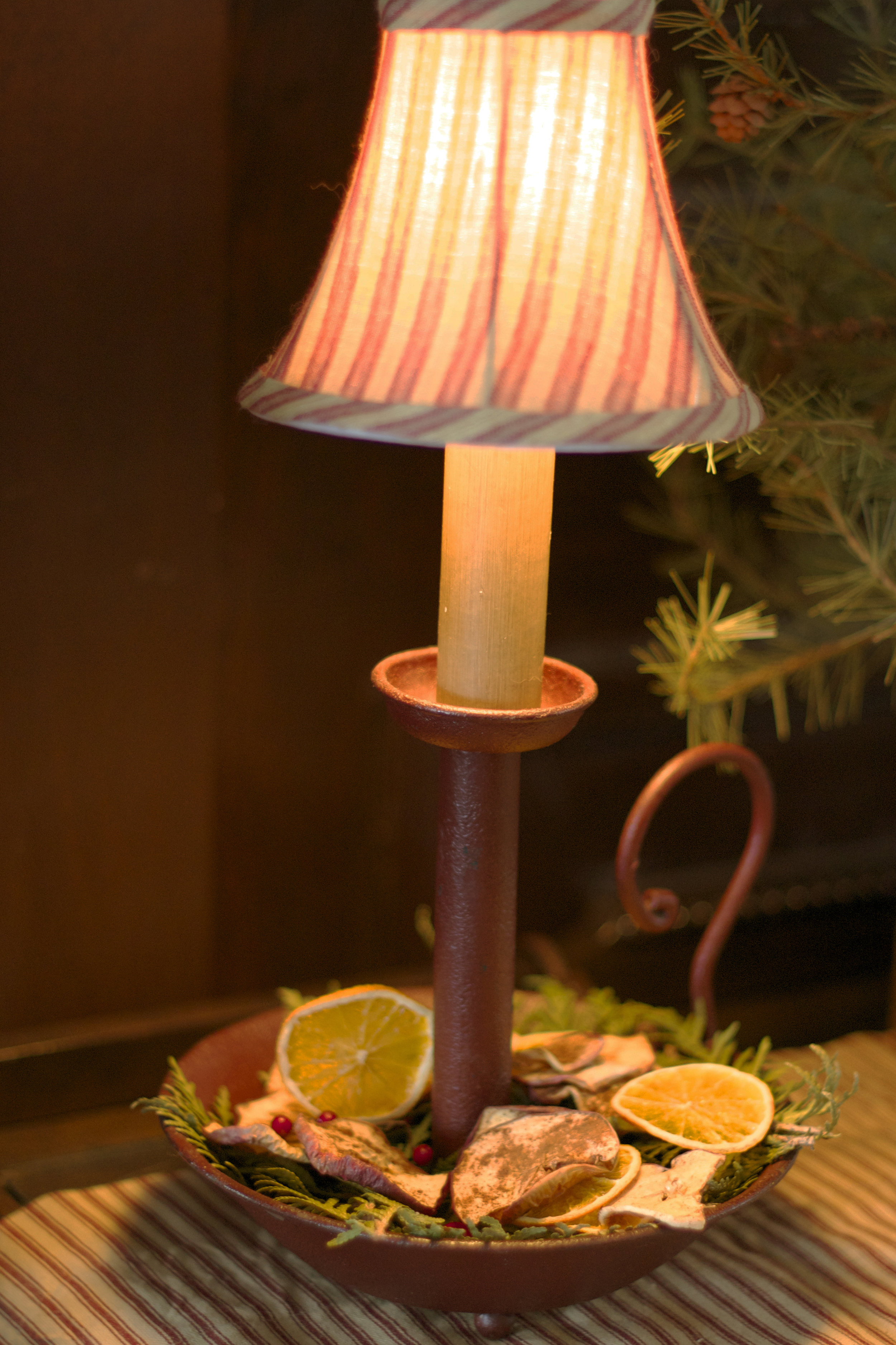 old-fashioned-candle-lamp-with-shade.jpg