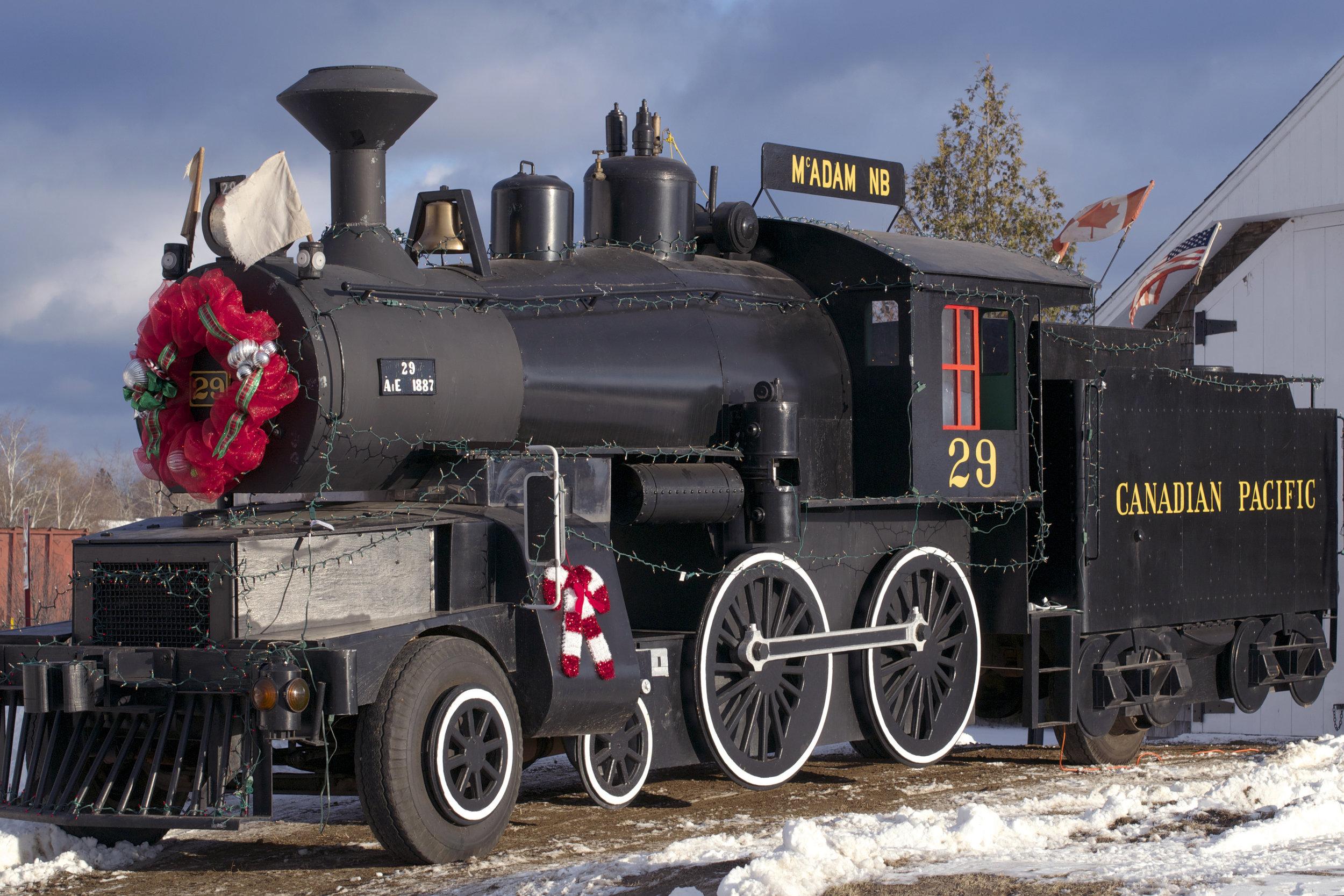 old-mcadam-cpr-steam-engine.jpg