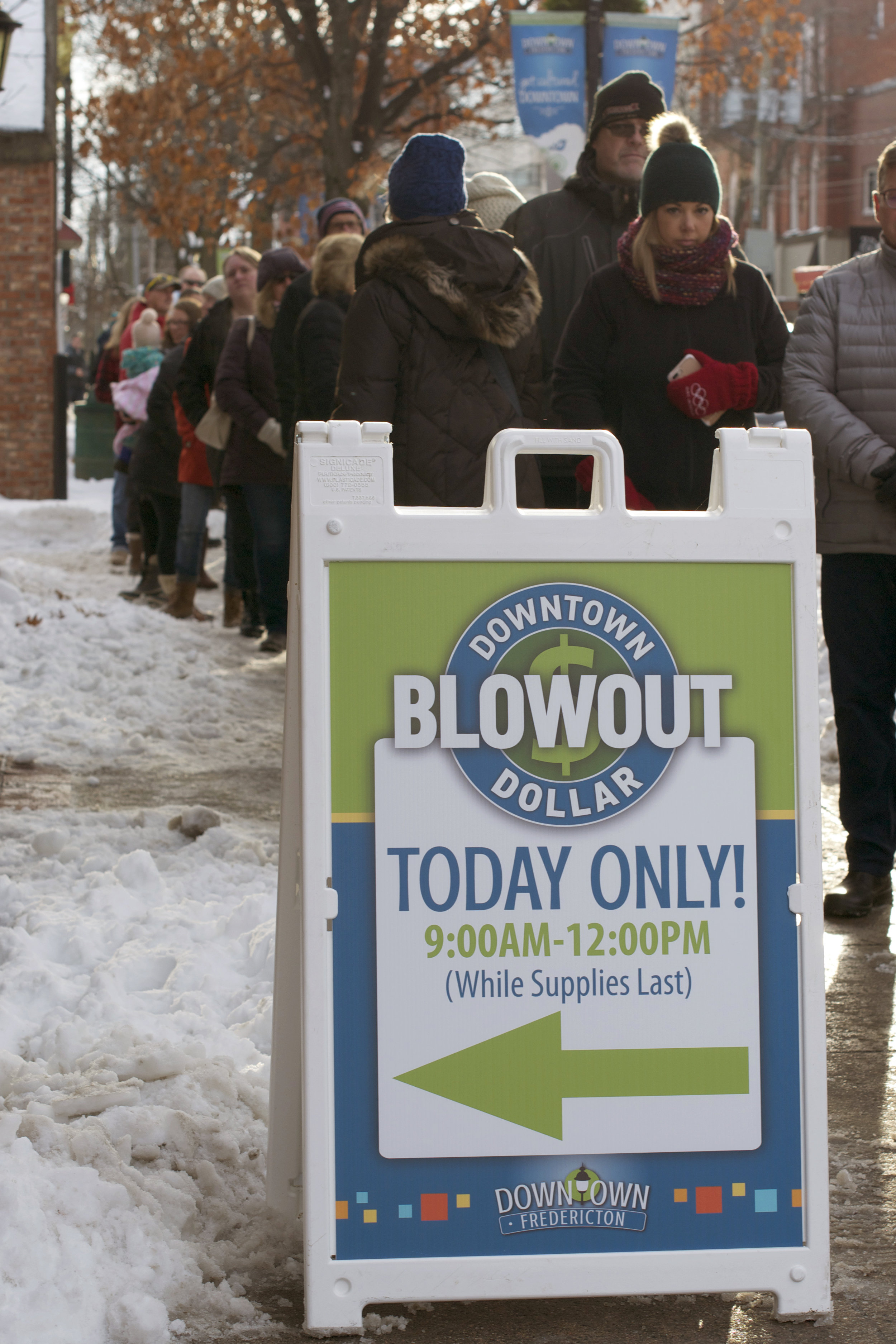 Downtown-Dollars-20%-Off-Sale-Day.jpg