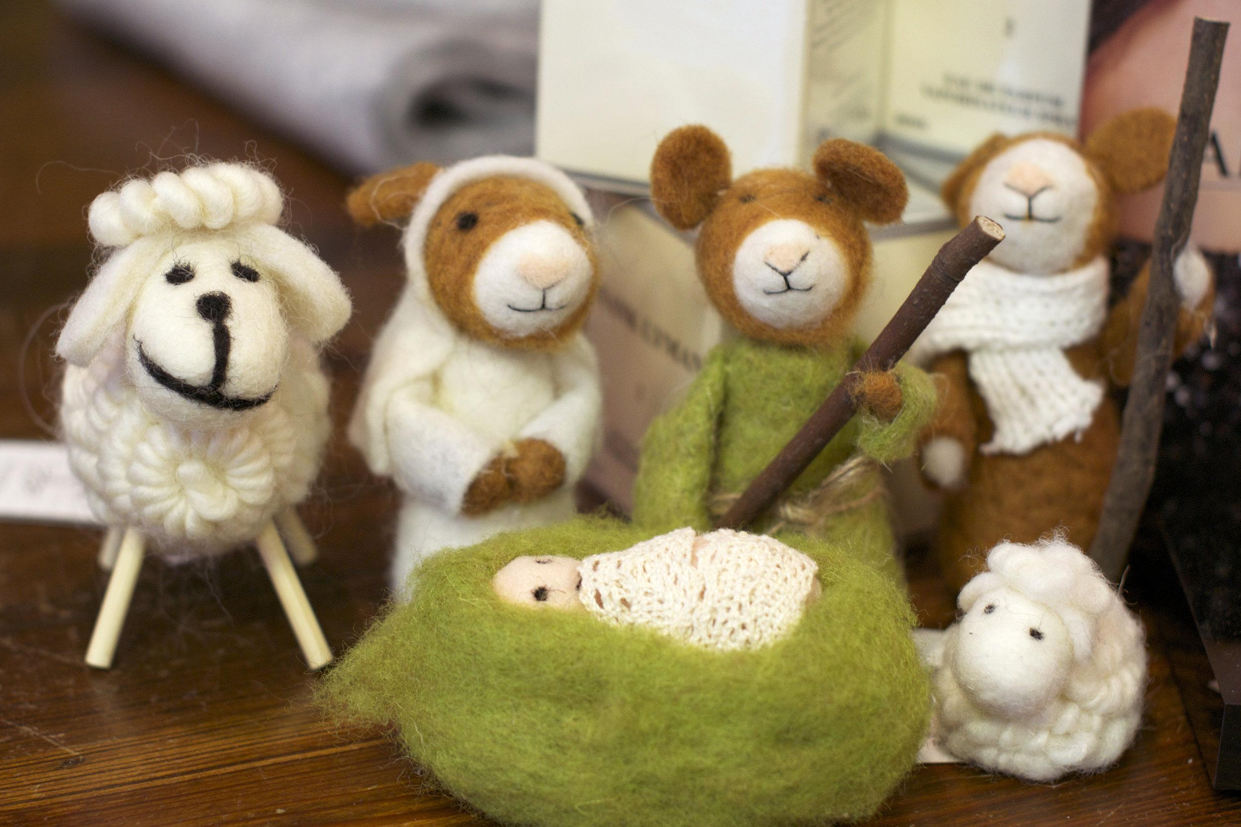 mice-nativity-scene.jpg