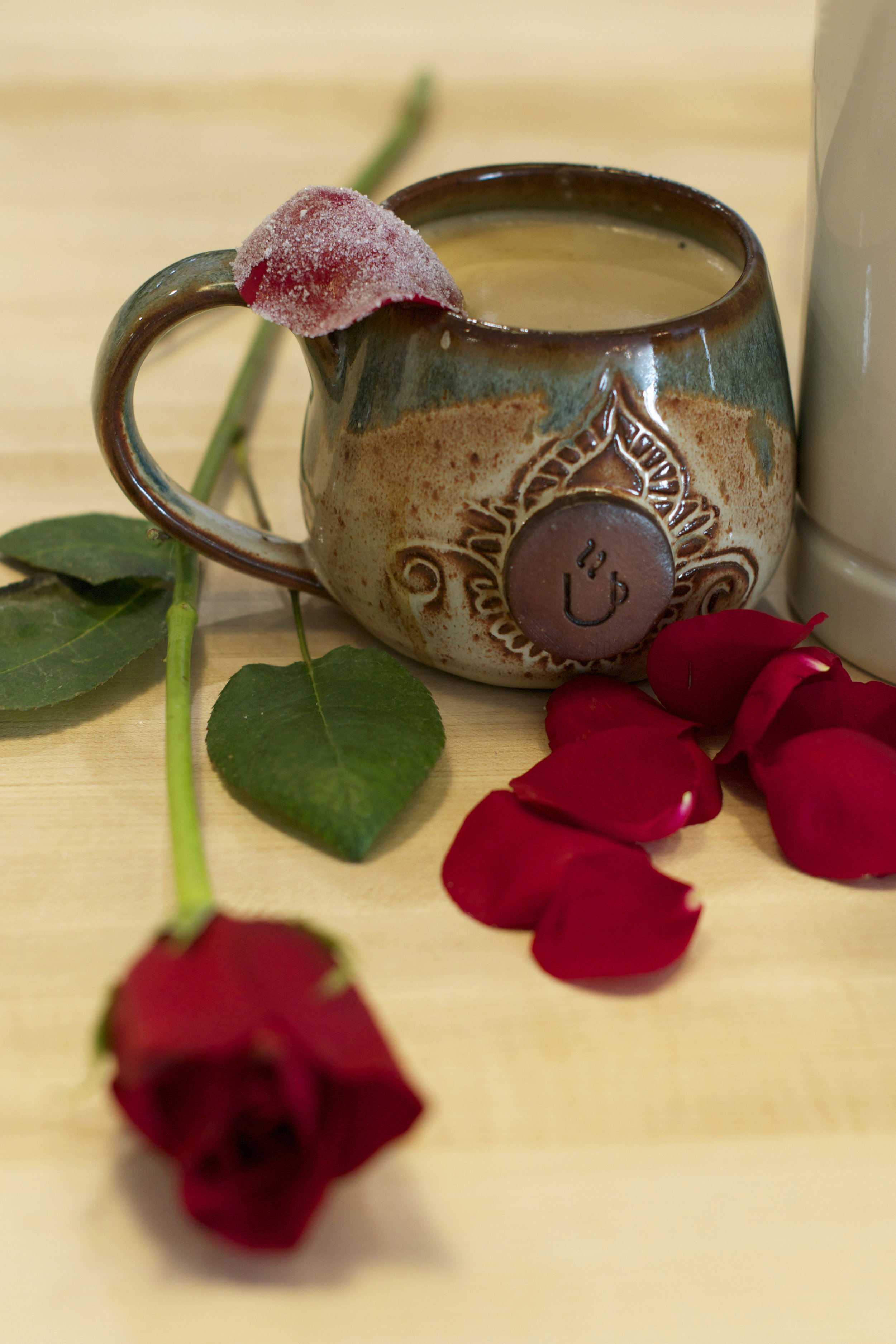 rose-latte-vertical-shot.jpg