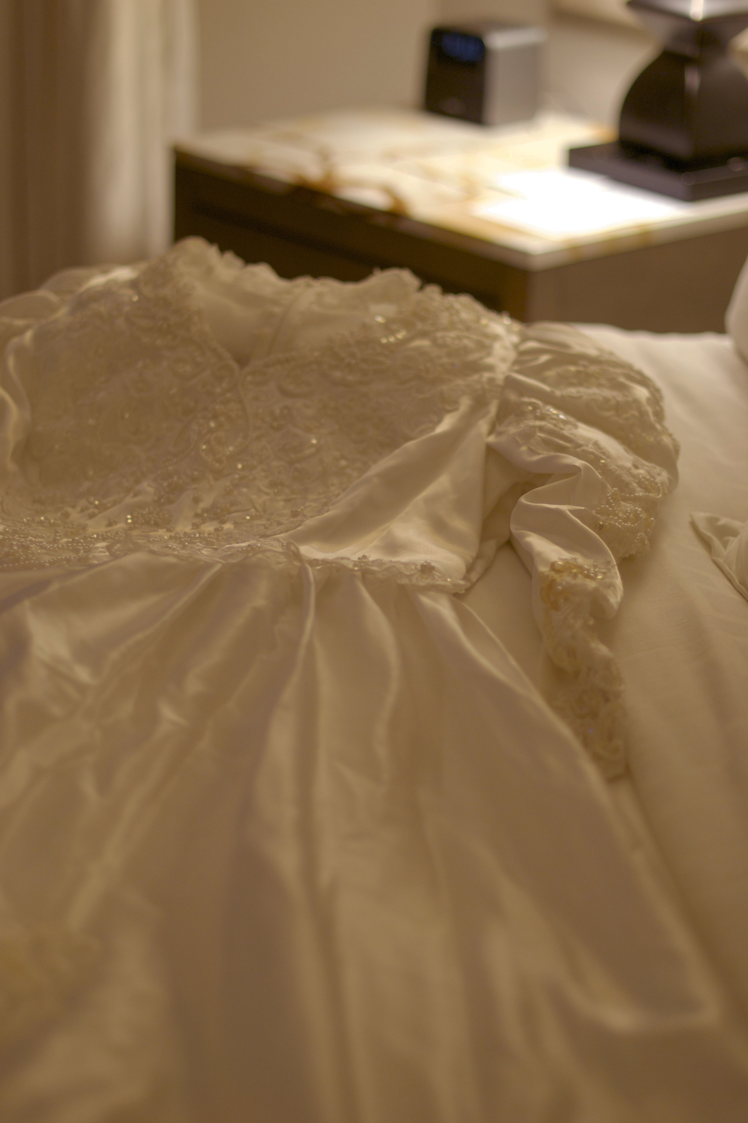 bridegown-haunted-room.jpg