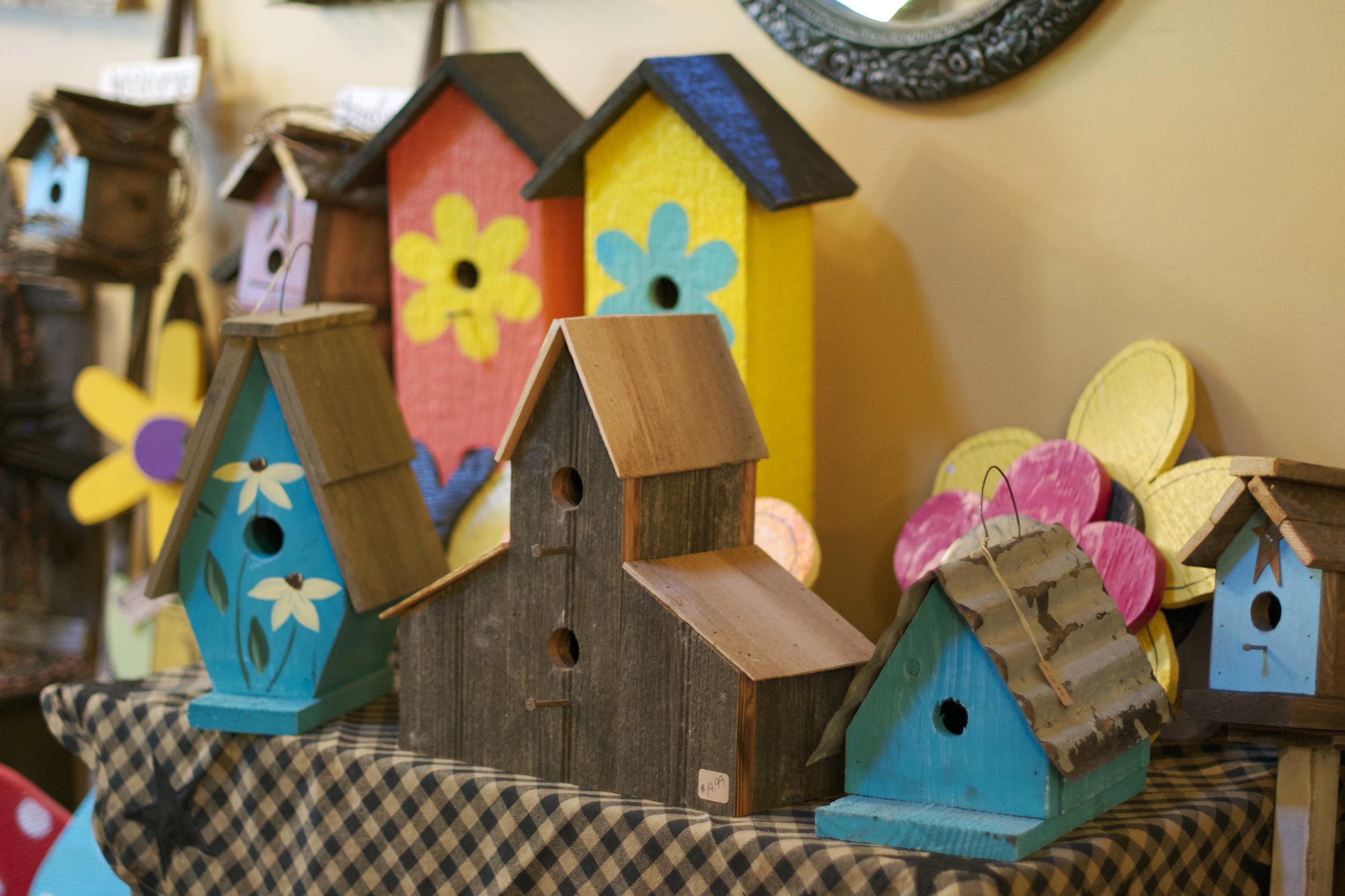 pretty-colourful-birdhouses.jpg