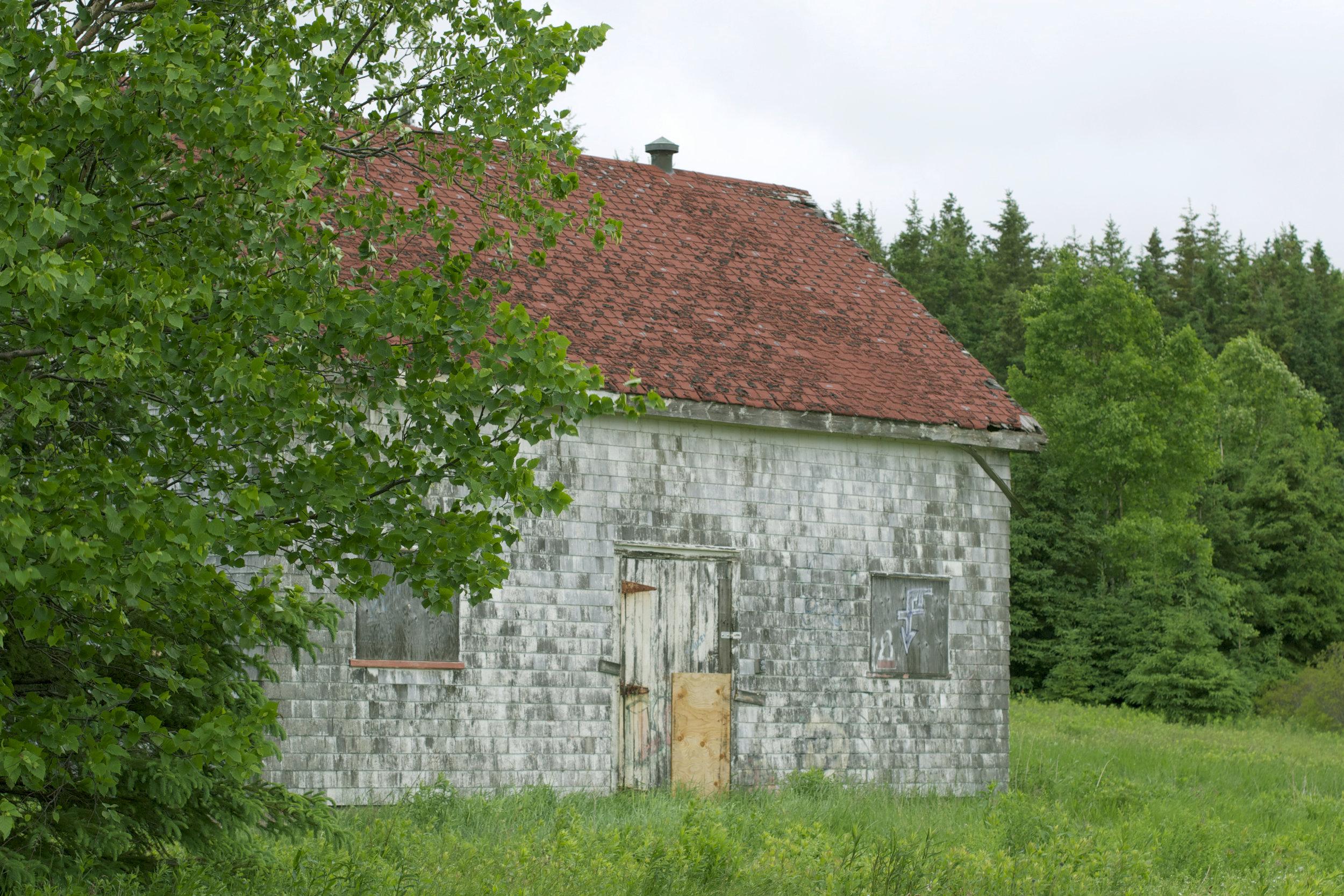 abandoned-building.jpg