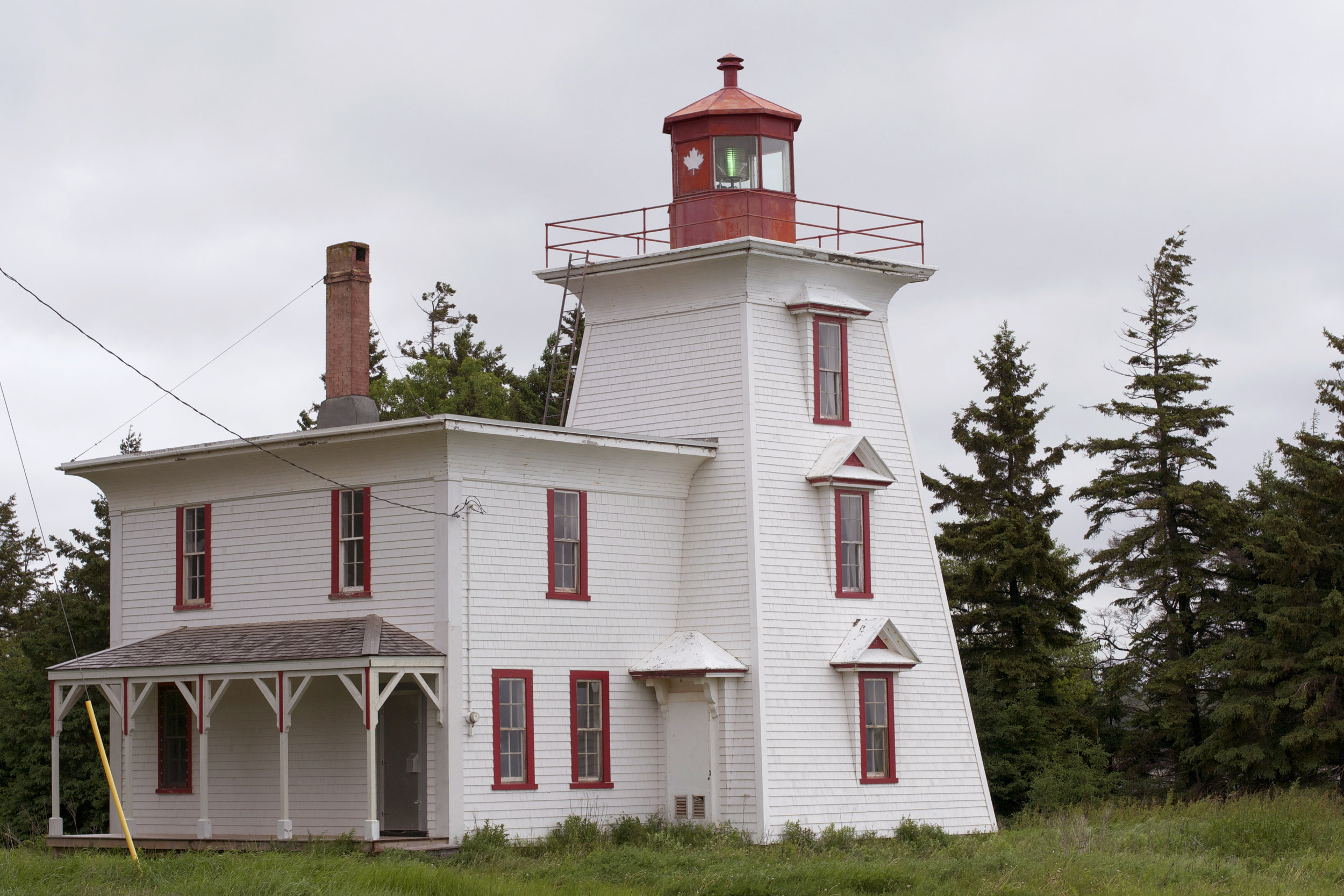 blockpoint-lighthouse-and-house.jpg