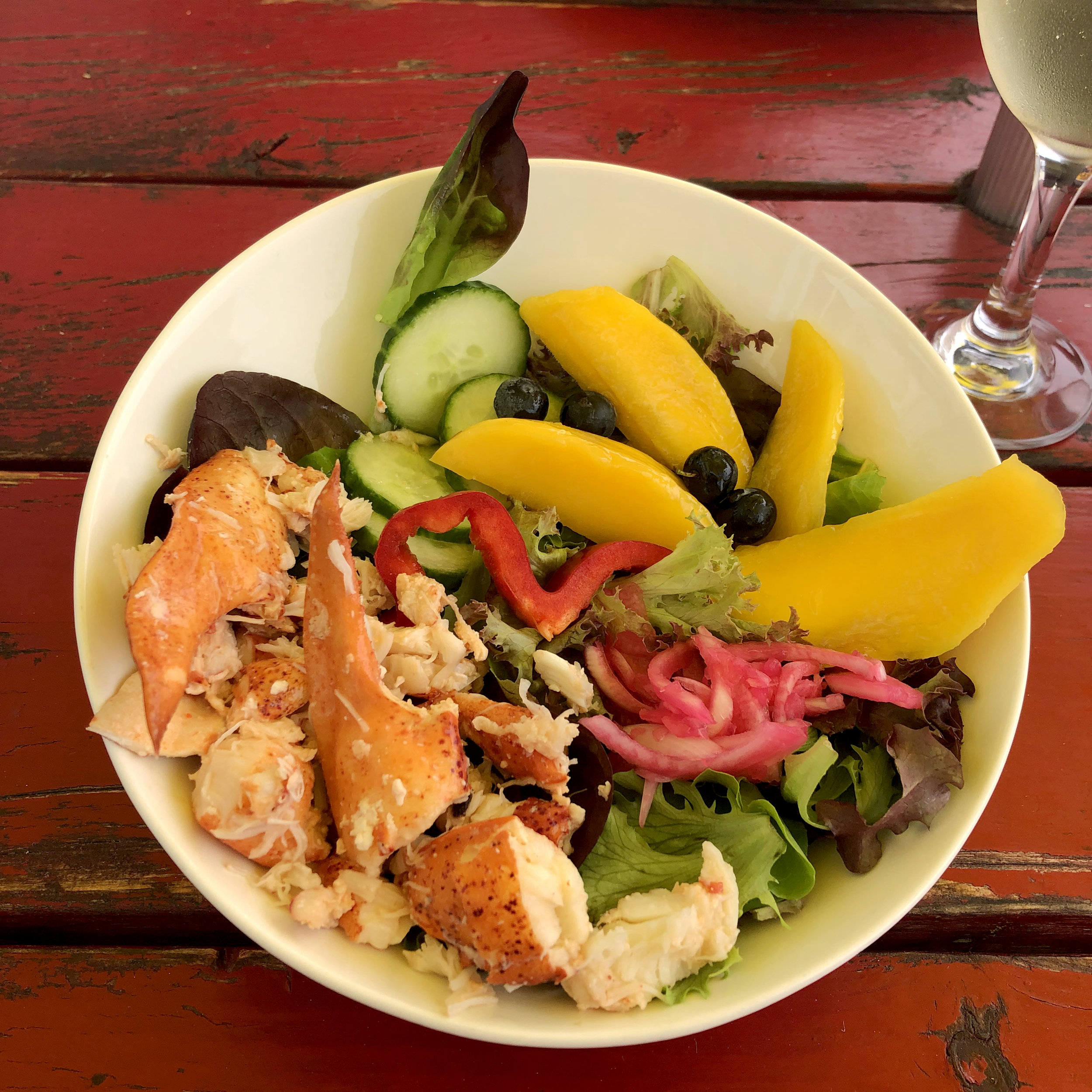 mango-salad-lobster-barn.jpg