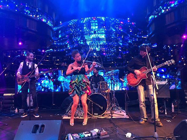 Fancy Flannigan's performing in Las Vegas!! We owe a huge thanks to @tevapharm for having us at their conference. #toomuchfun #omnianightclub #flannigansrighthook #tevapharmaceuticals